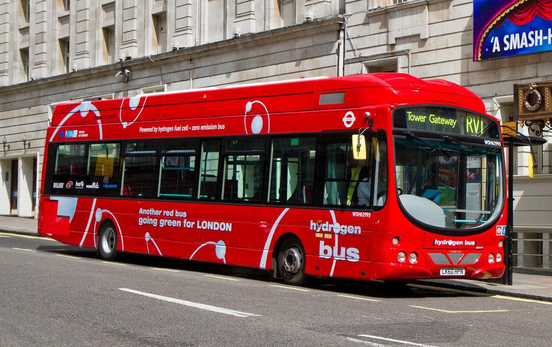 Description First London fuel cell bus WSH62995  LK60 HPN  VDL SB200 d2NgtASZ