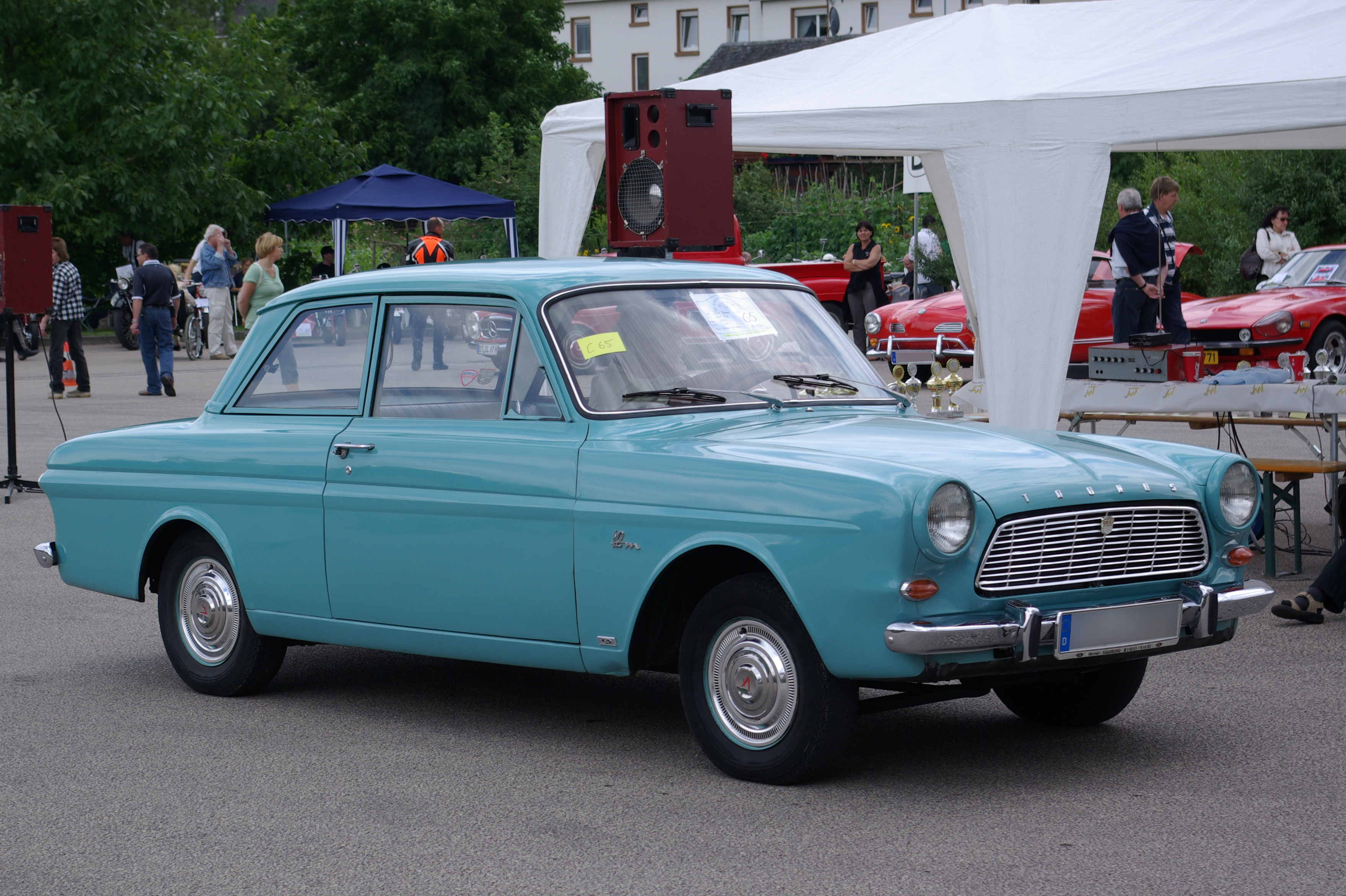 ford taunus wikiwand. Black Bedroom Furniture Sets. Home Design Ideas