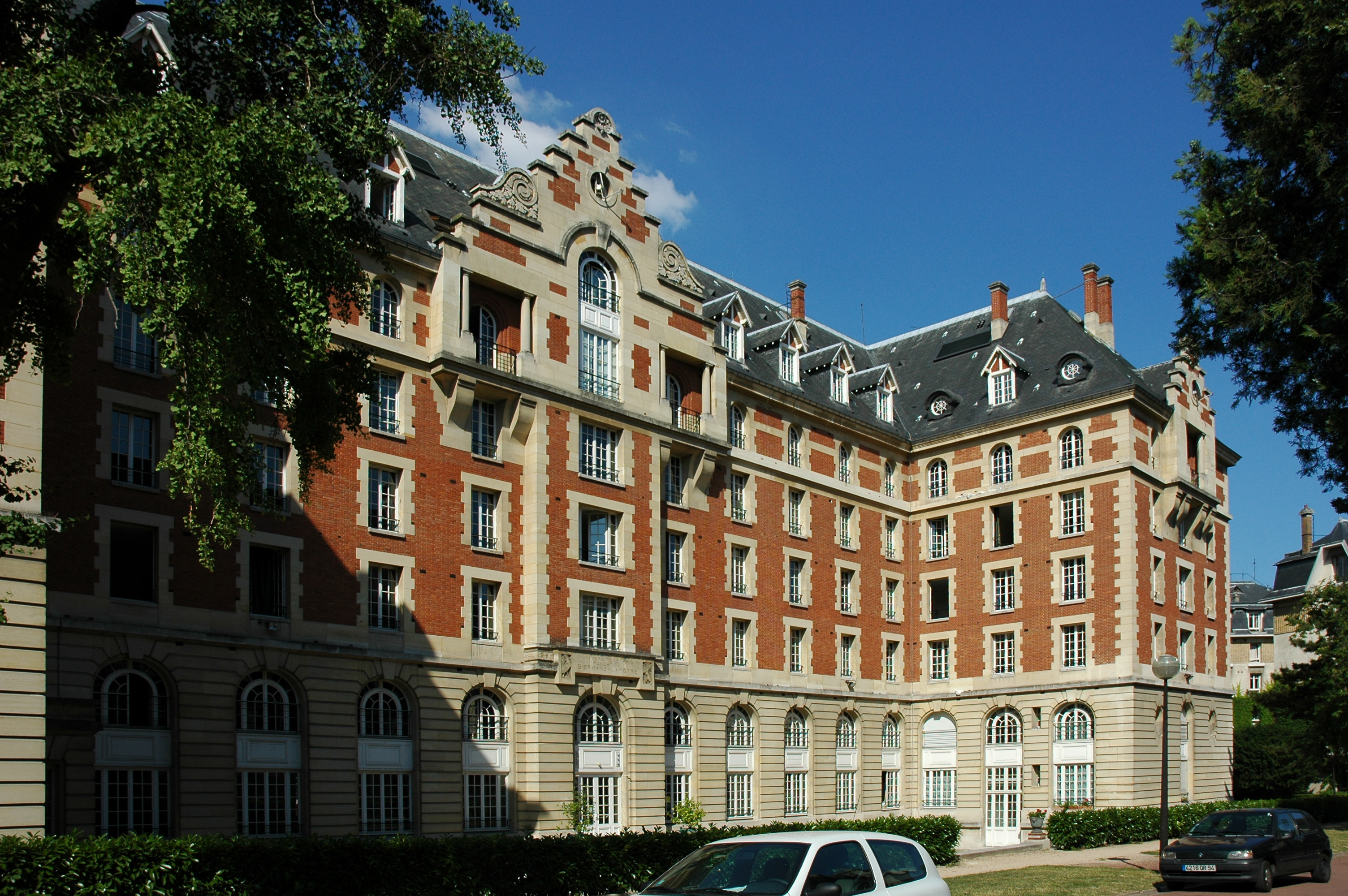 File:France Paris Cite Universitaire Maison Belgique 01.JPG ...
