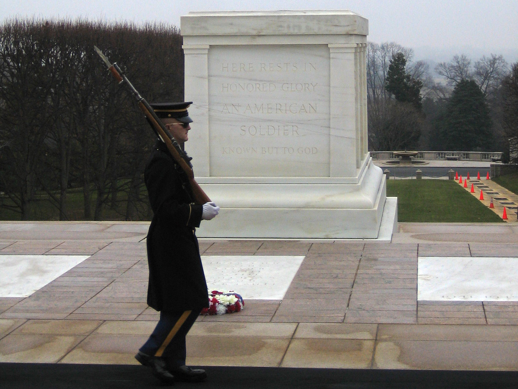 essay on tomb of the unknown soldier