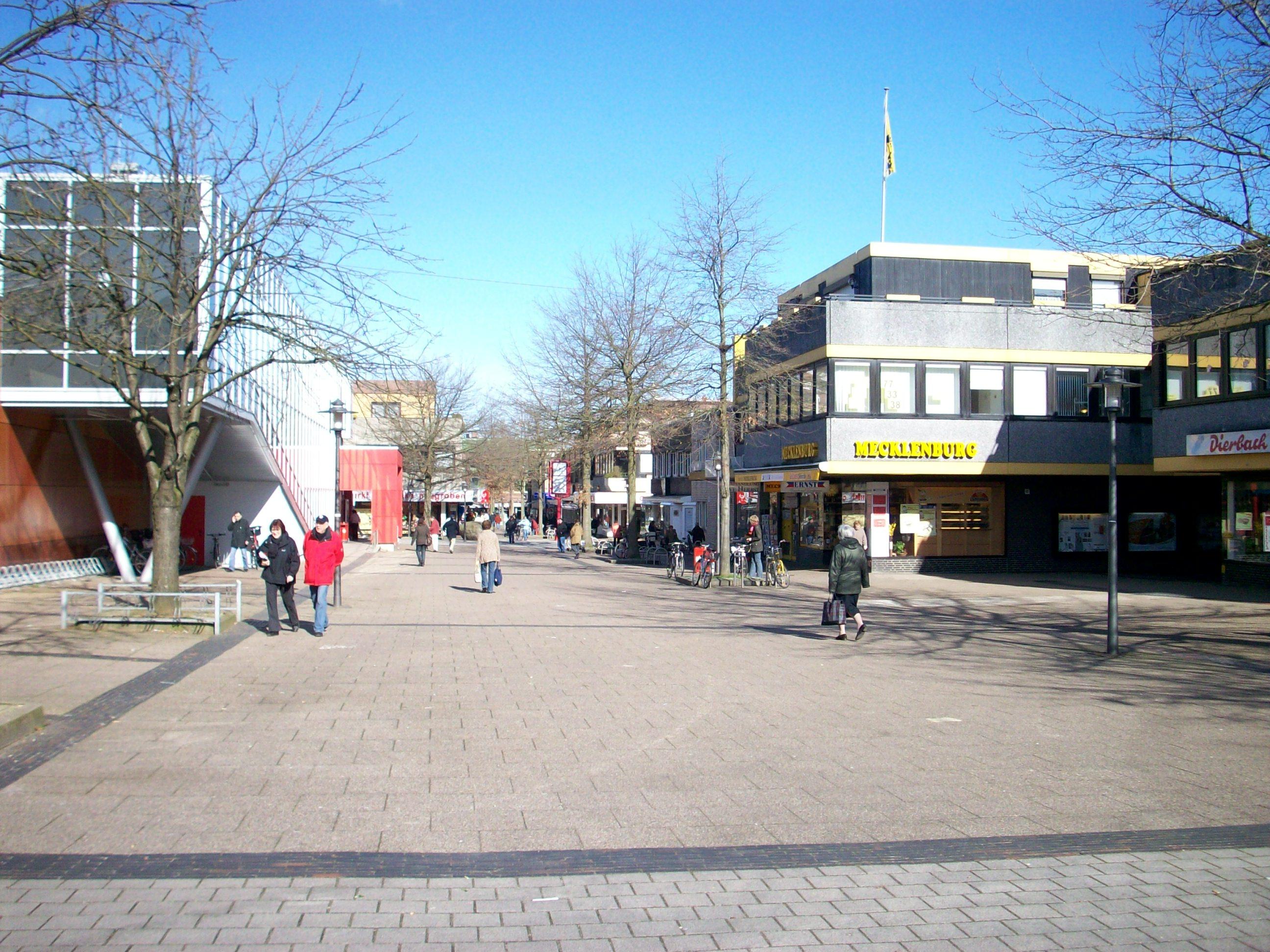 File Hamburg Neugraben Fussgaengerzone Wikimedia