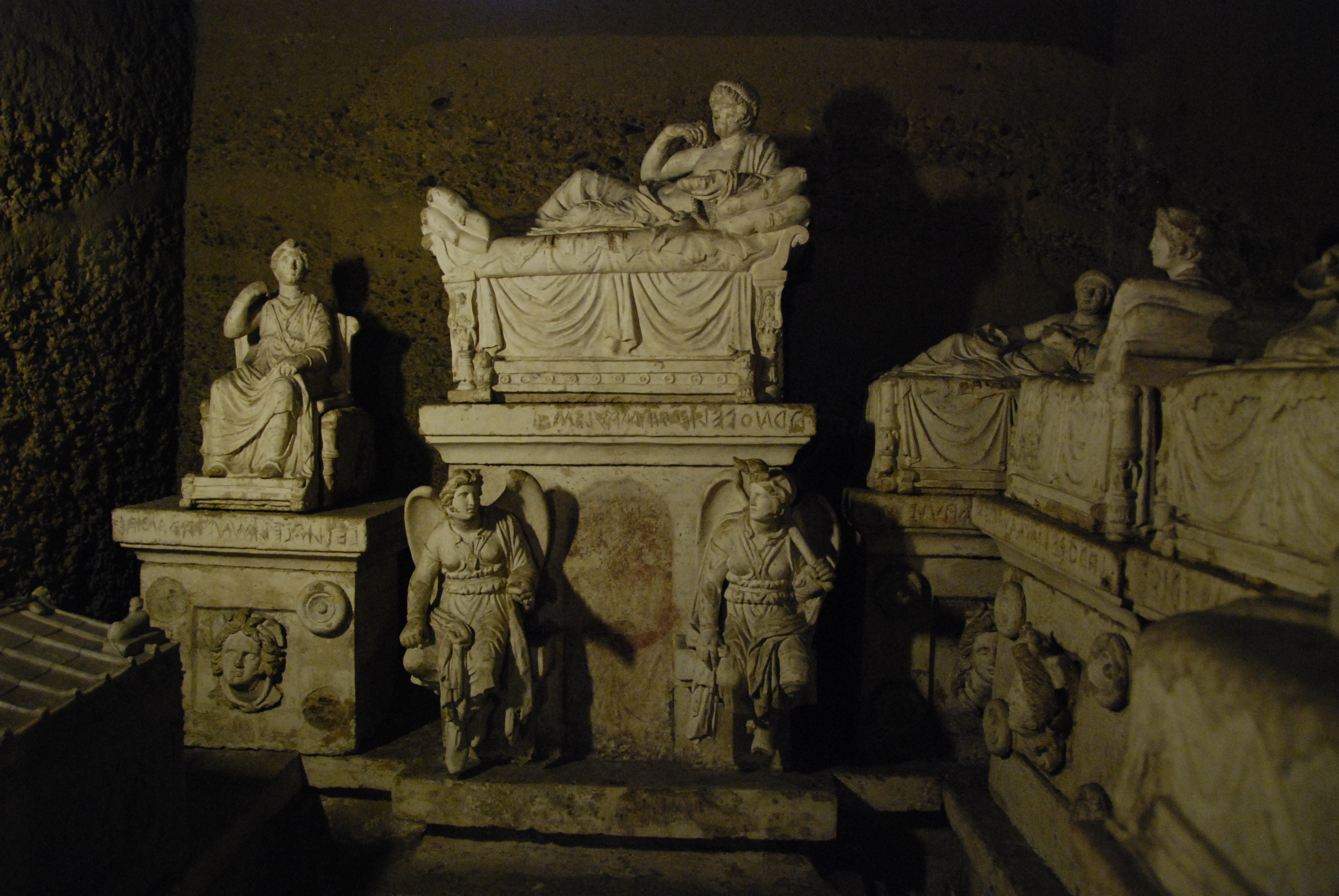 Hypgoeum in Malta, underground burial sites, UNESCO sites
