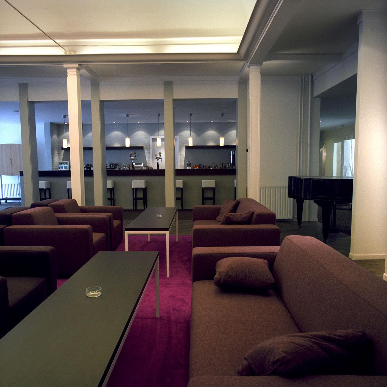 Eine ''Lounge'' in einem Hotel in Utrecht