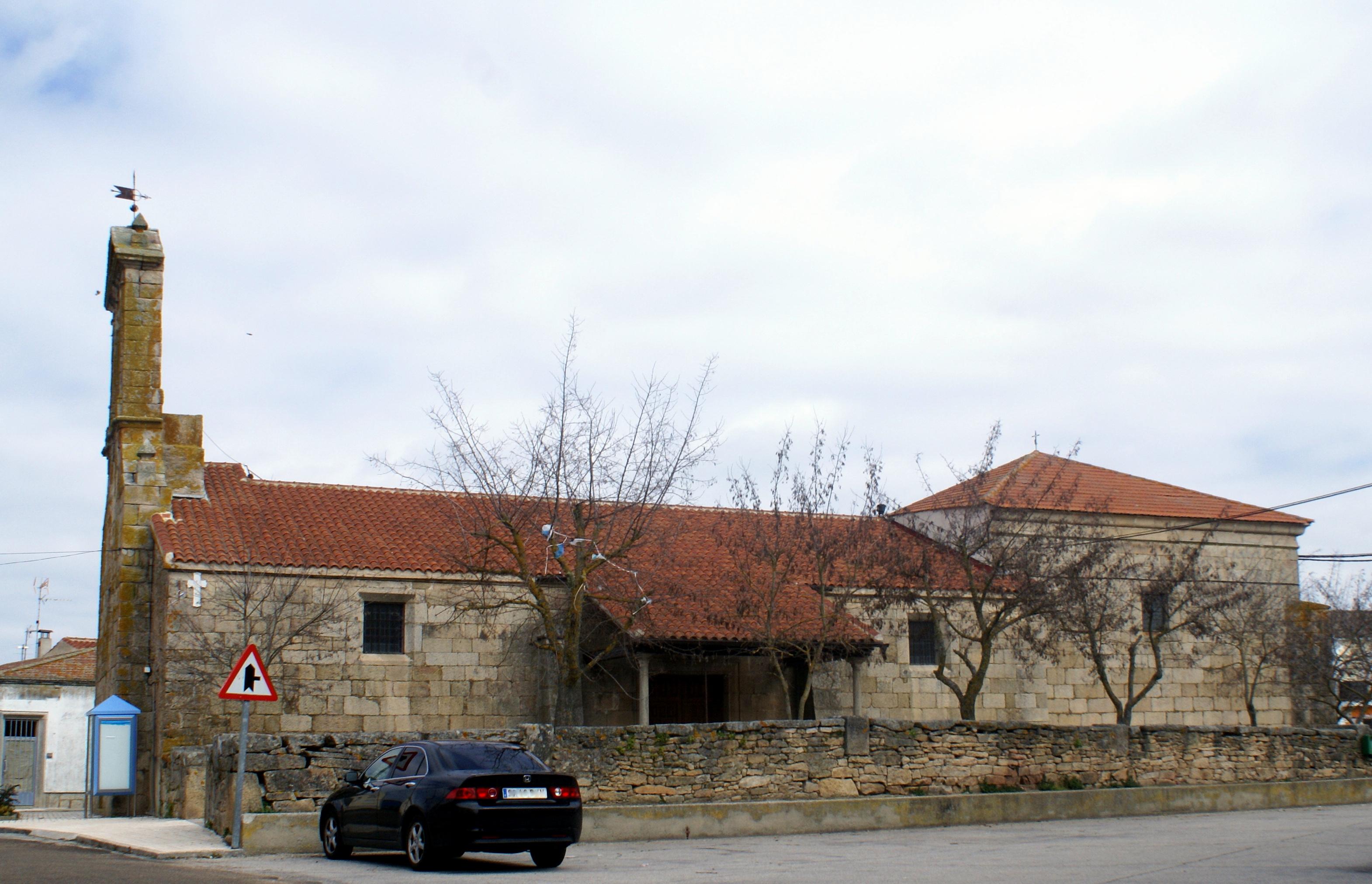 Villar de Peralonso