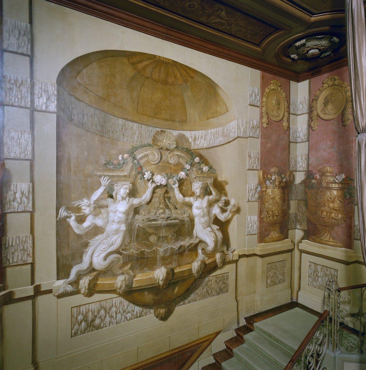 File:Interieur, trappenhuis, muurschildering - Zeist - 20369225 ...