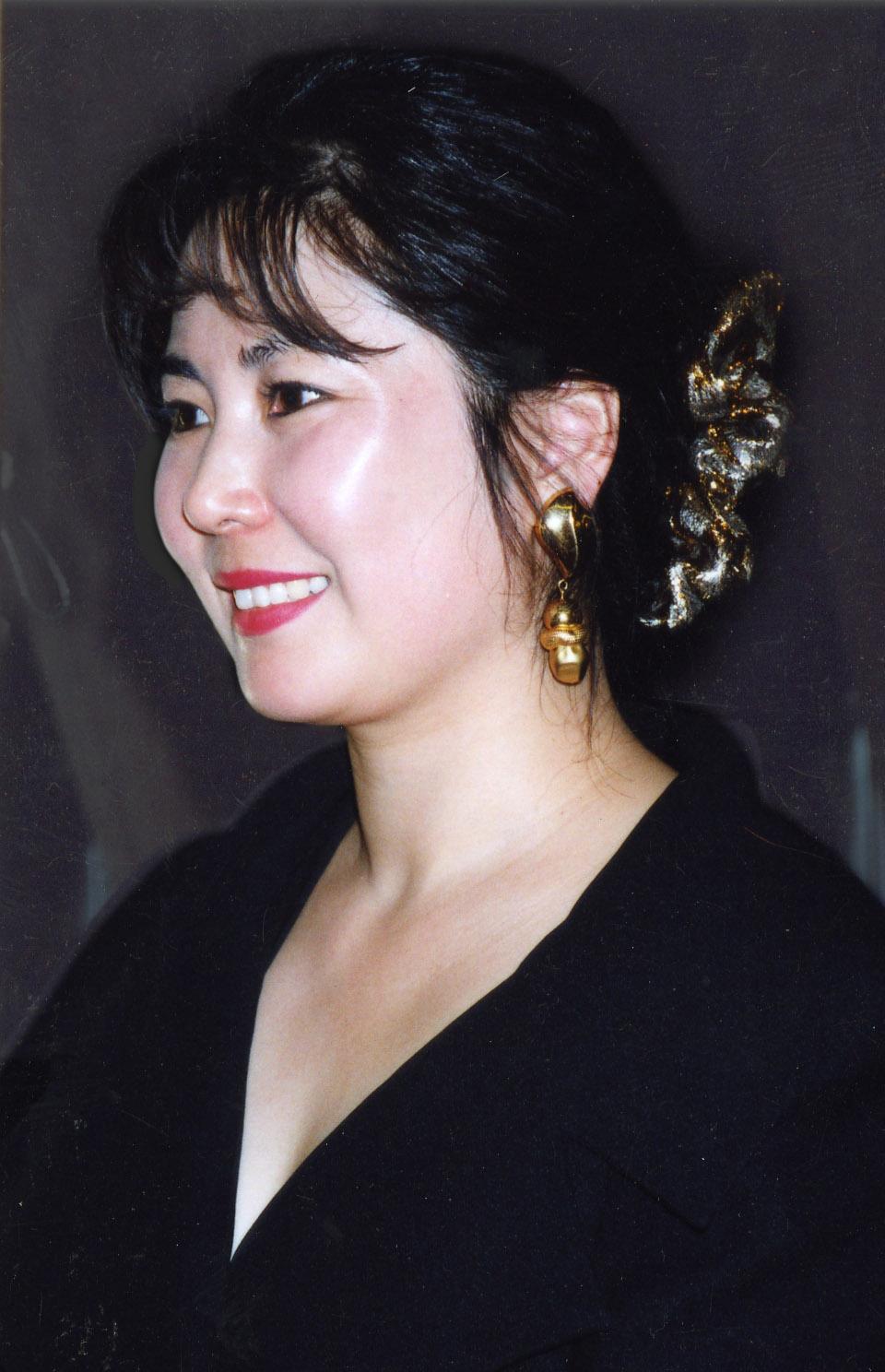 Ms Lu Lu | Staff Directory