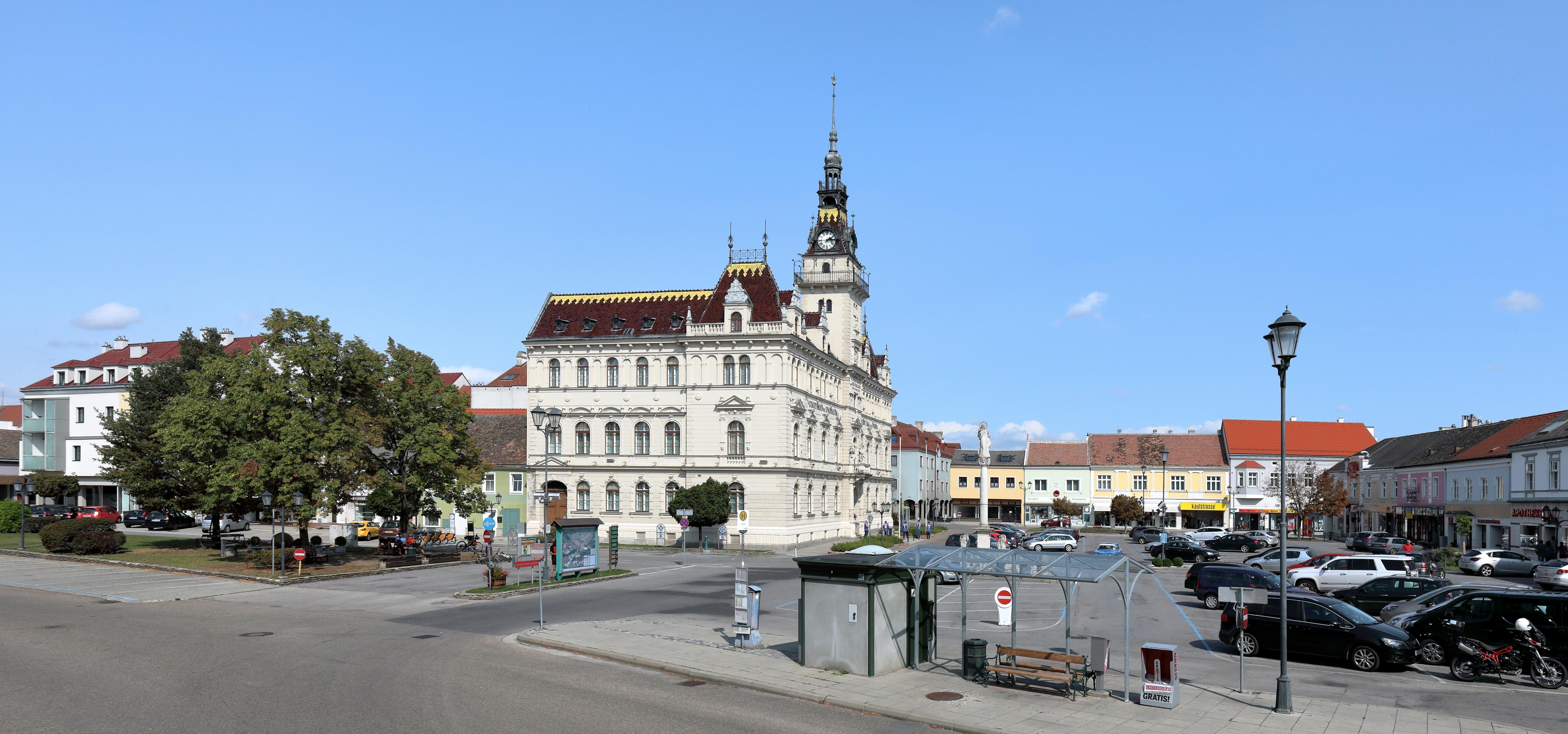 Dateilaa An Der Thaya Stadtplatz 2jpg Wikipedia