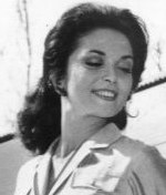 Lisa Seagram actress