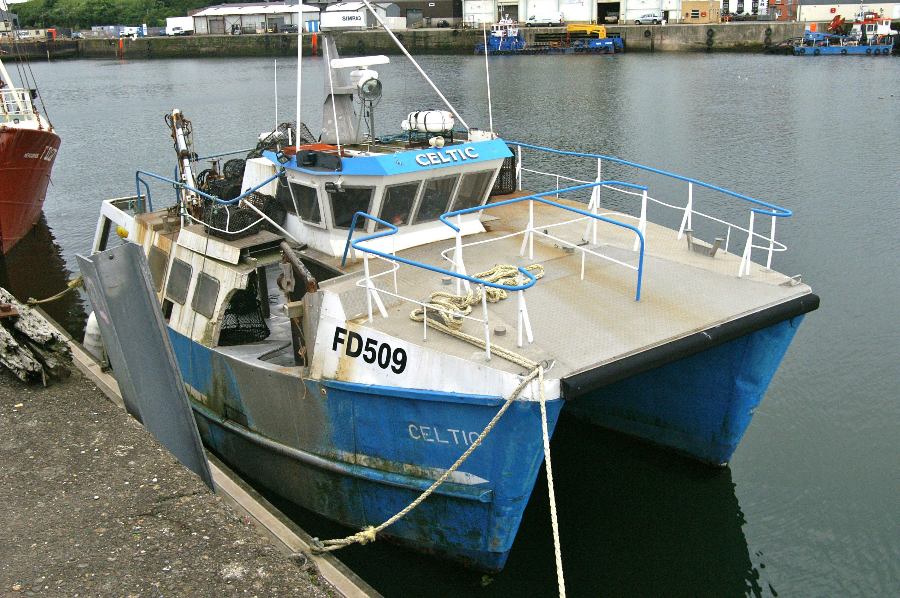 File:Lobster Fishing Boat - Celtic.jpg - Wikimedia Commons