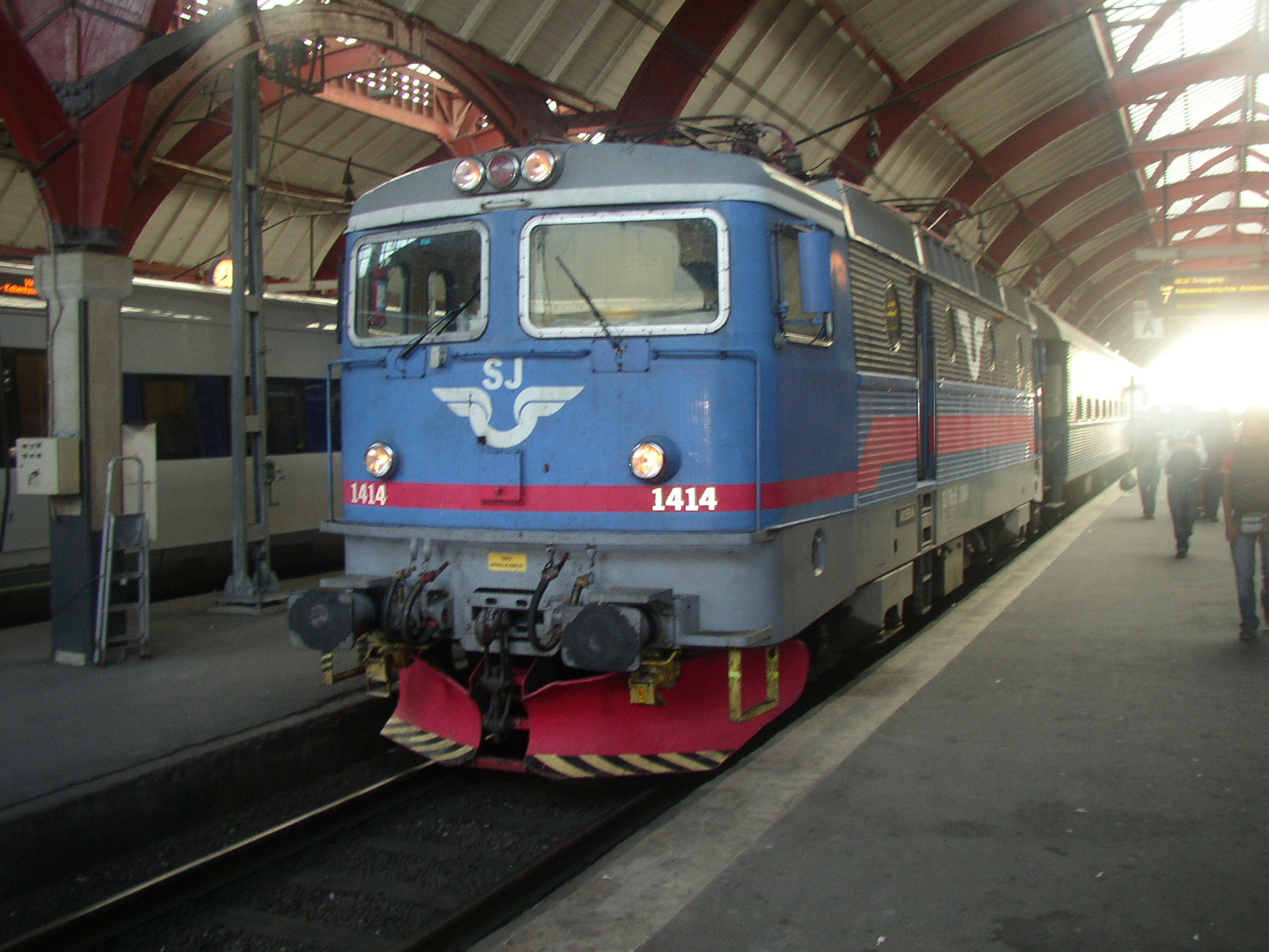 File:Locomotive-1414-SJ.jpg