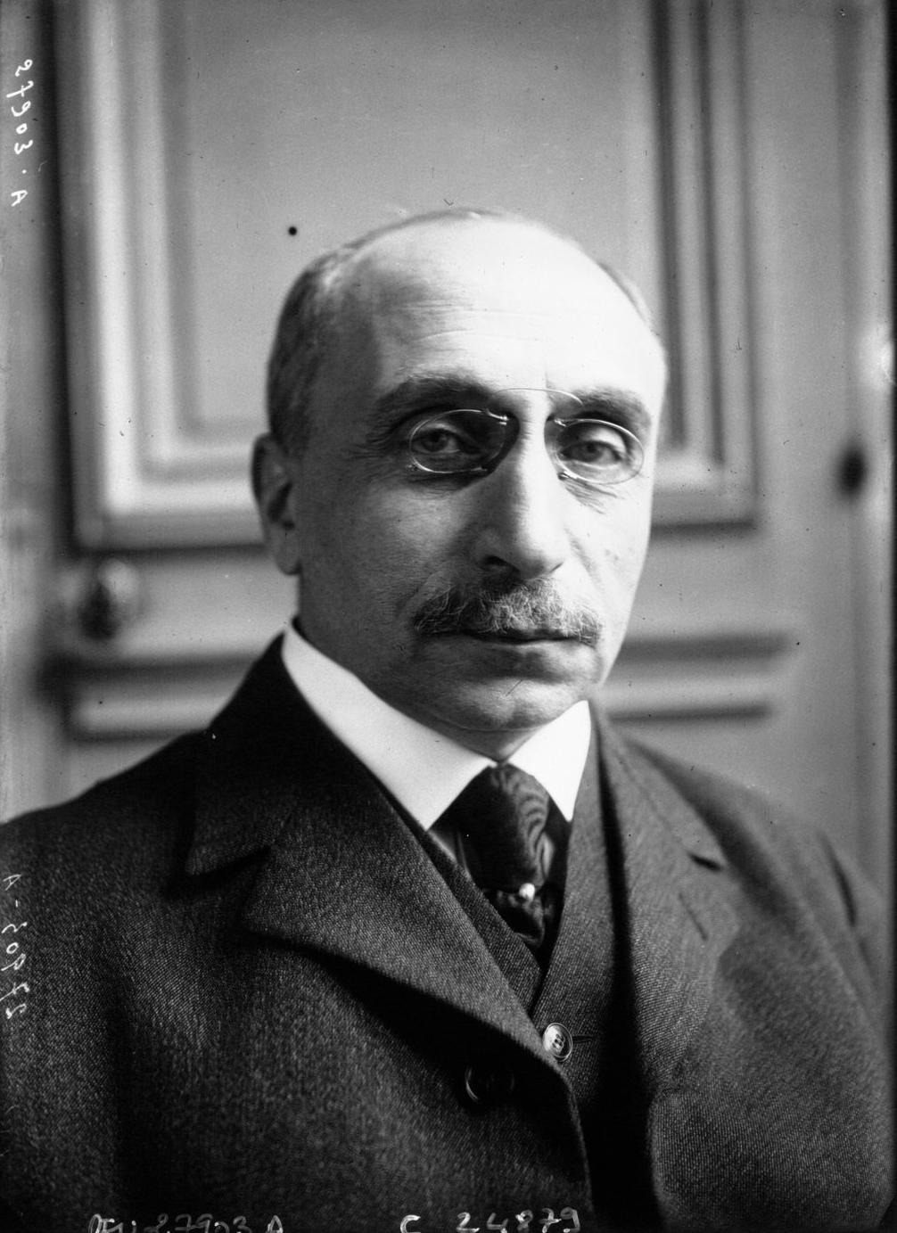Datei:M. Abraham Schrameck, Ministre de l\'Intérieur.png – Wikipedia