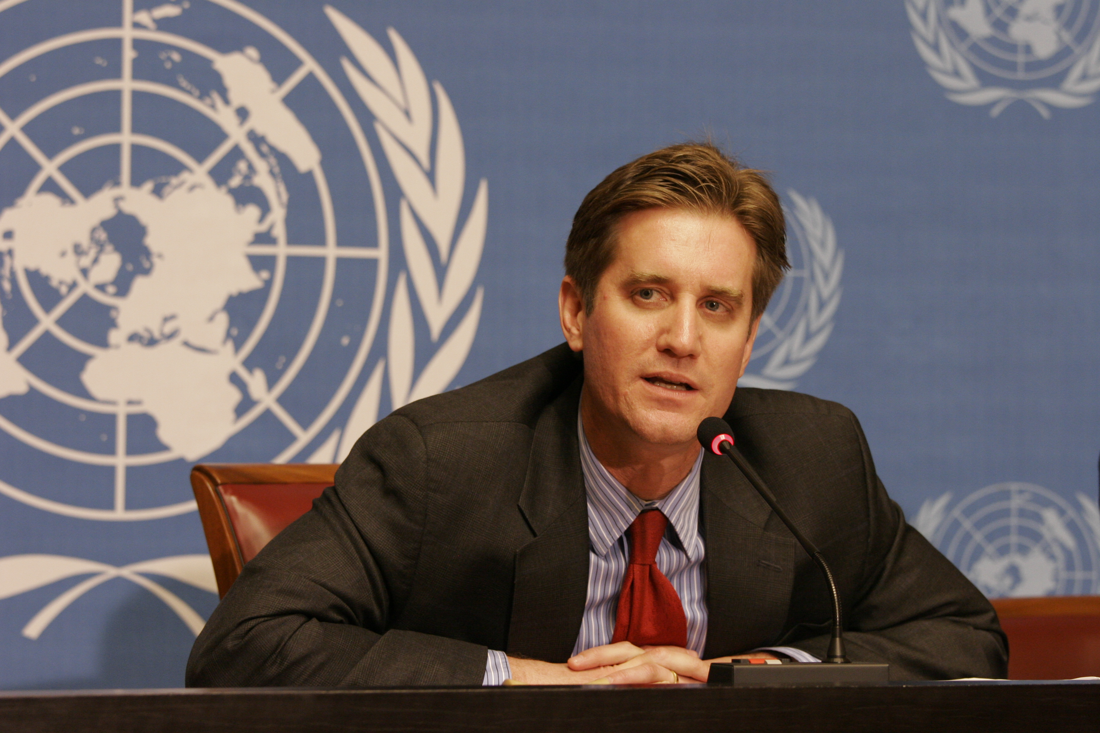 File:Matthew Bryza, Deputy Assistant Secretary of State for European and Eurasian Affairs 2.jpg - Wikimedia Commons