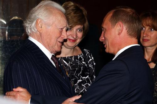 File:Maurice Druon Vladimir Putin - Moscow - 29 September 2003.jpg