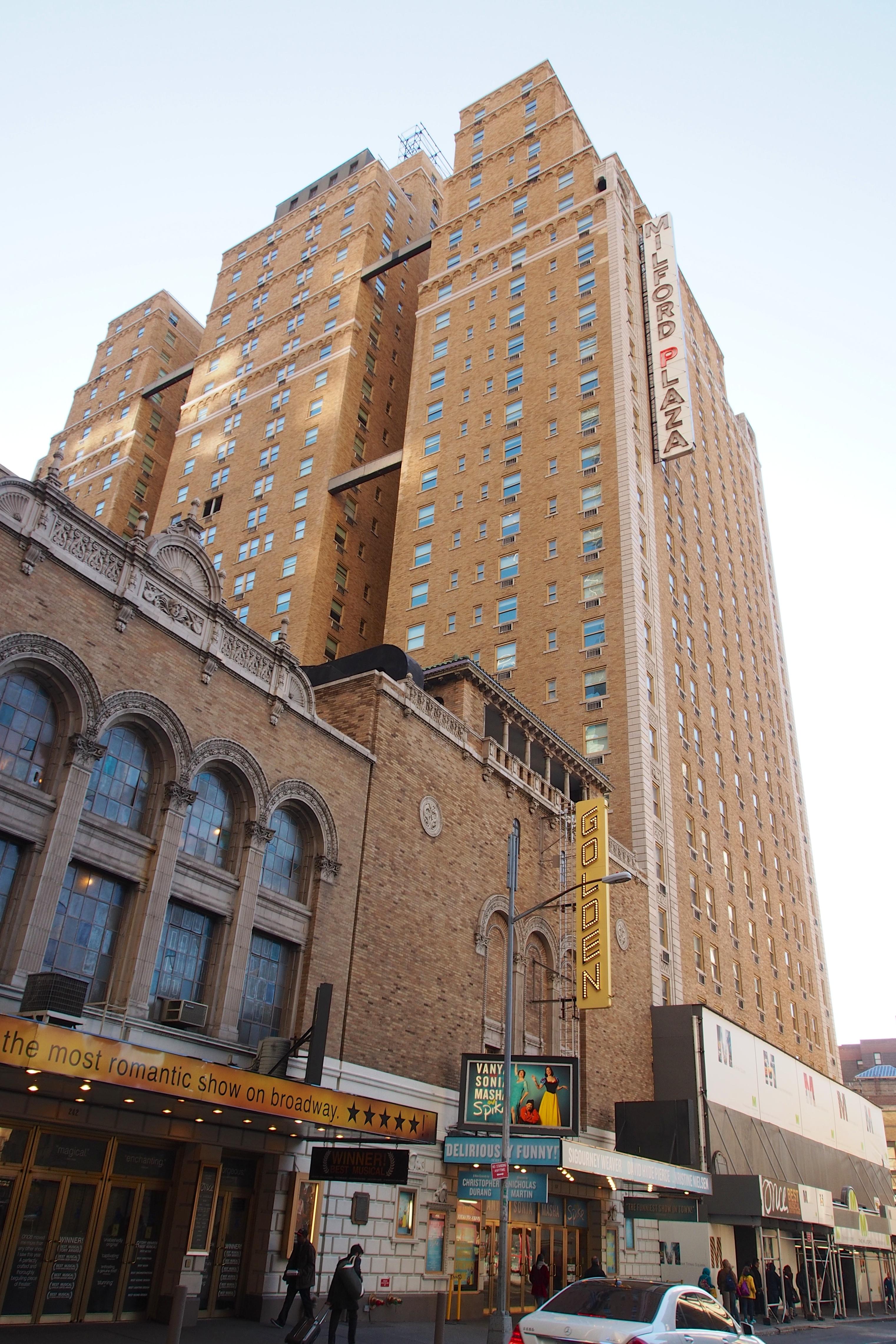 File:Milford Plaza NY April 2013.jpg - Wikimedia Commons