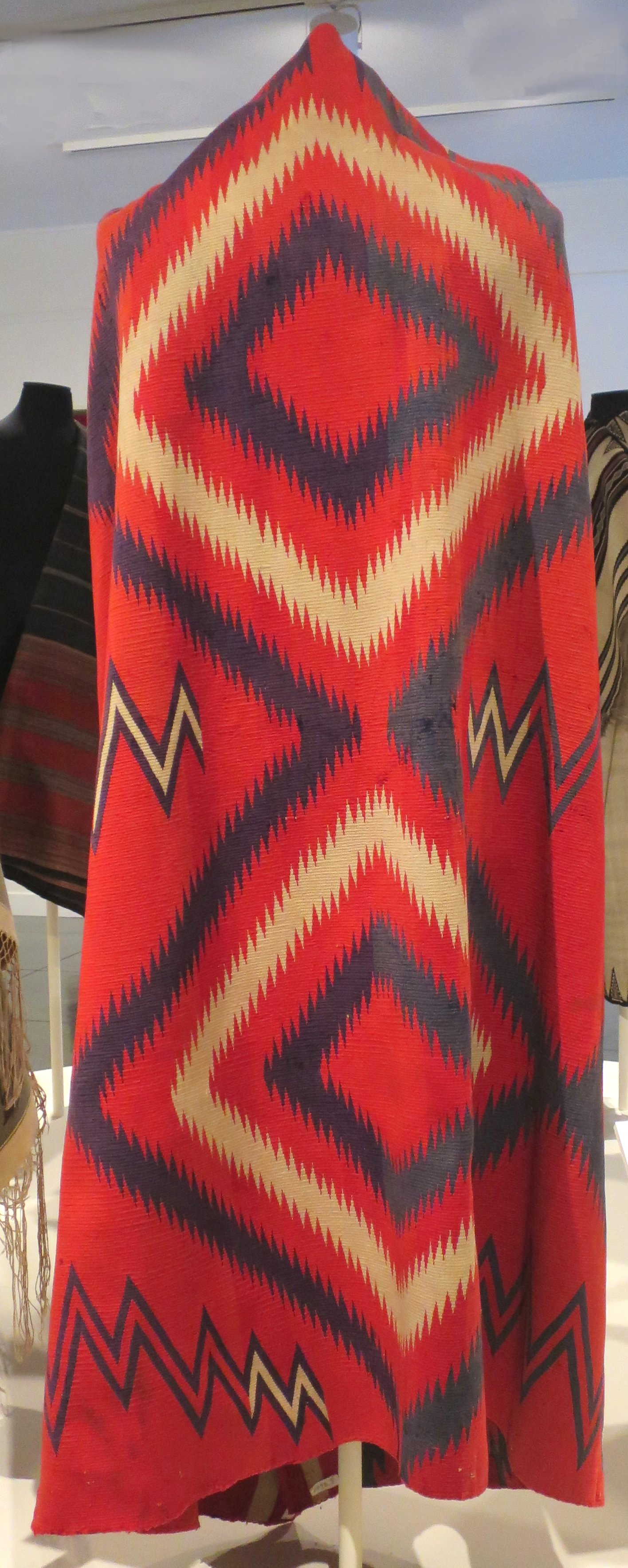 File:Navajo blanket, 1875-1885, Honolulu Museum of Art 5498.7.JPG ...