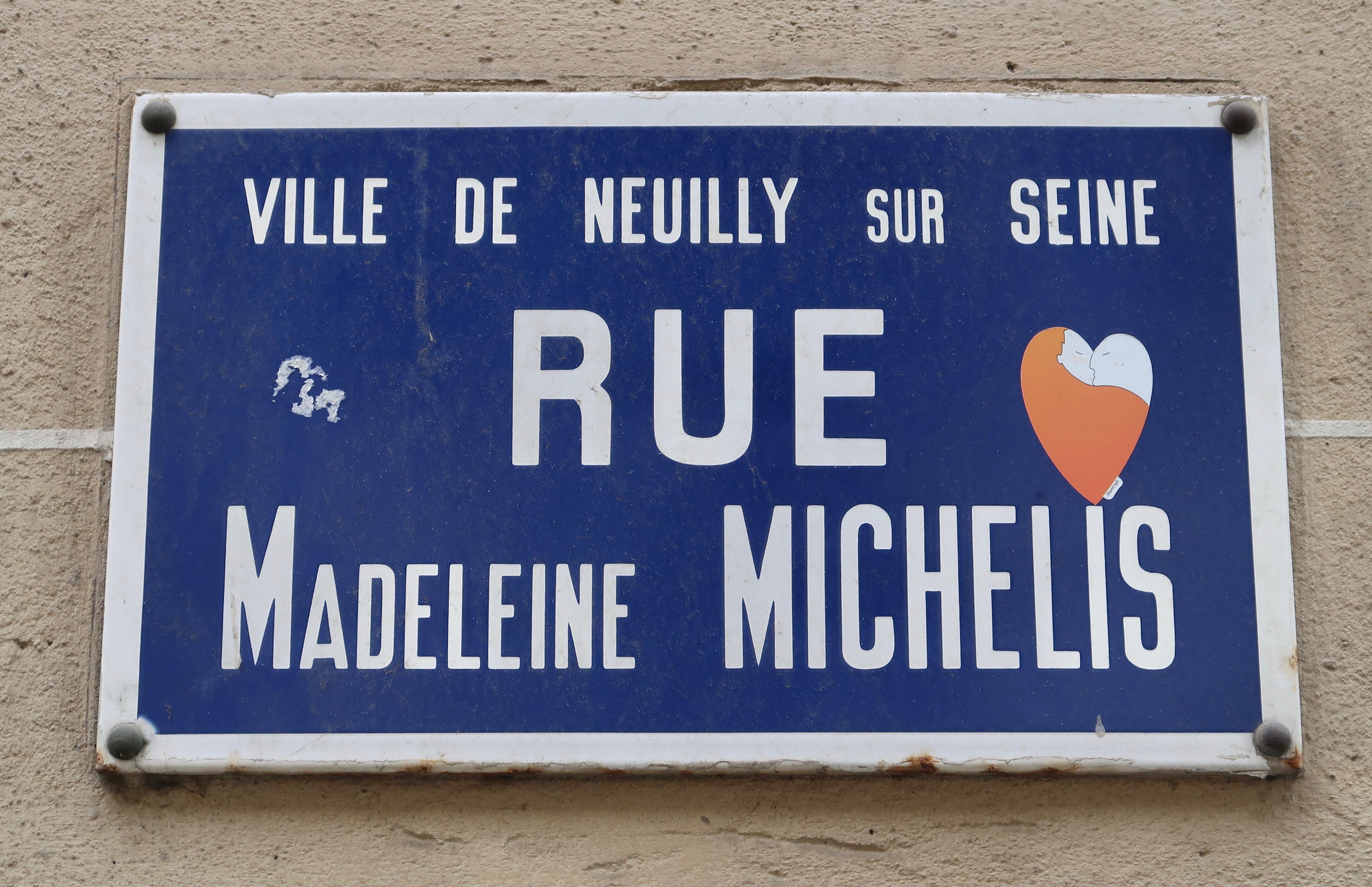 Rue Madeleine Michelis à Neuilly