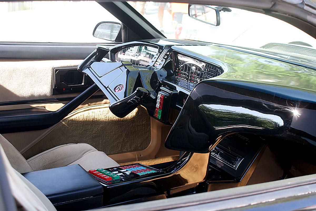 file pontiac trans am 1982 kitt cockpit cecf 9april2011. Black Bedroom Furniture Sets. Home Design Ideas