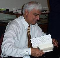 Ravi Zacharias signing books at the Future of ...
