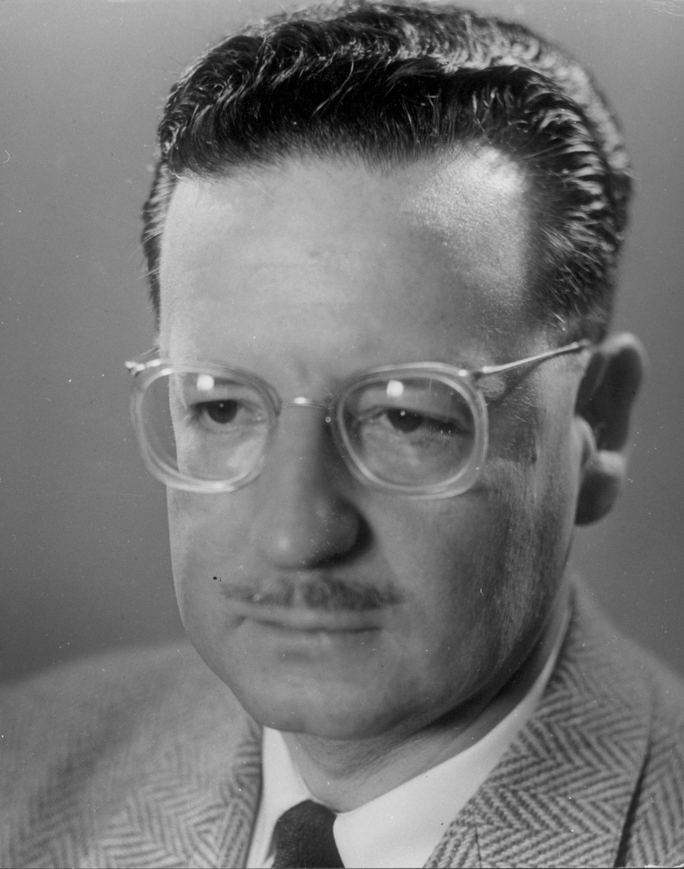 allende men Allende's prisons chief littre quiroga also was tortured and killed at the  the  bodies of the two men were dumped on a dusty street near the.