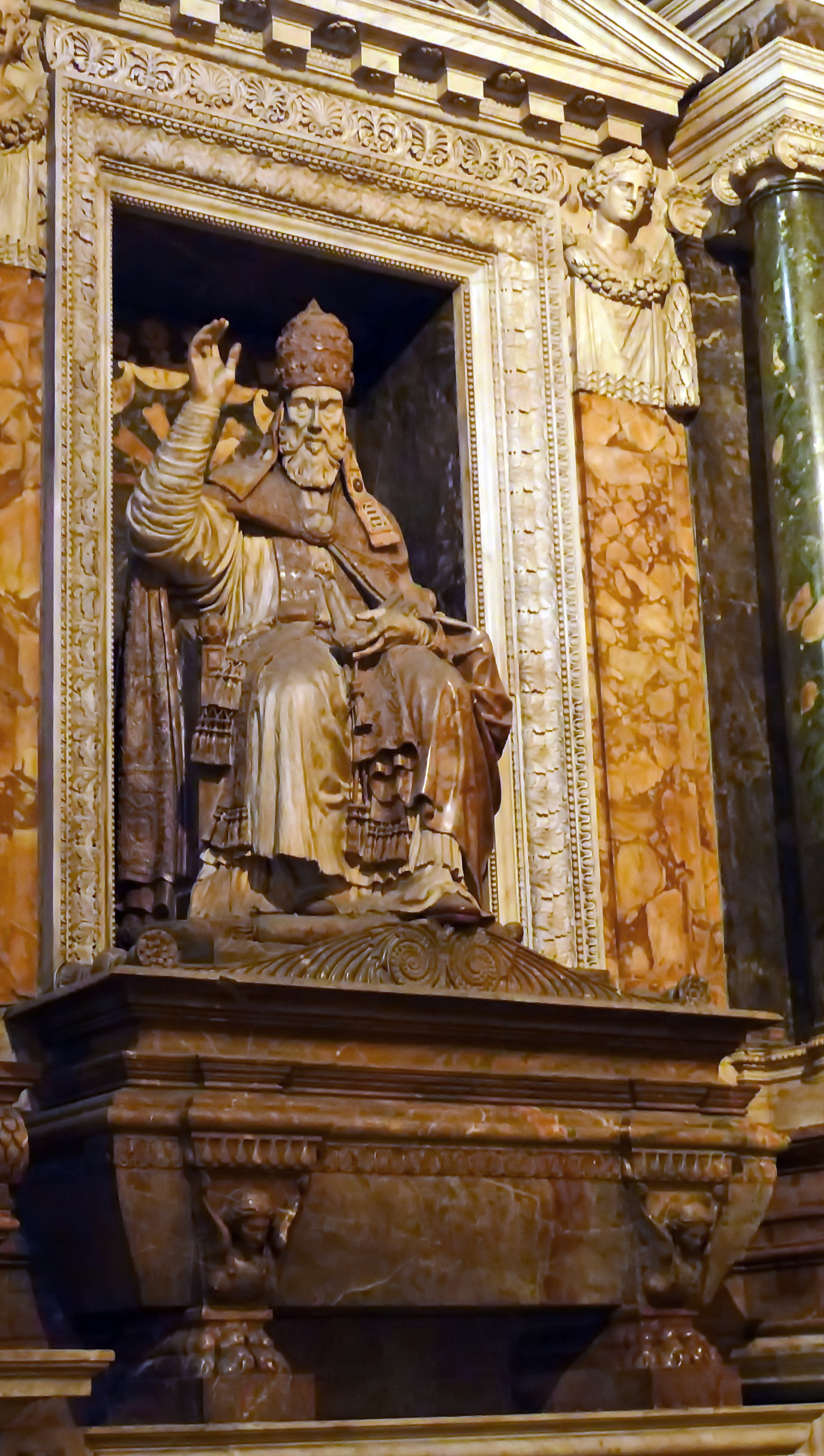 File:Santa Maria sopra Minerva, Cappella Carafa ...
