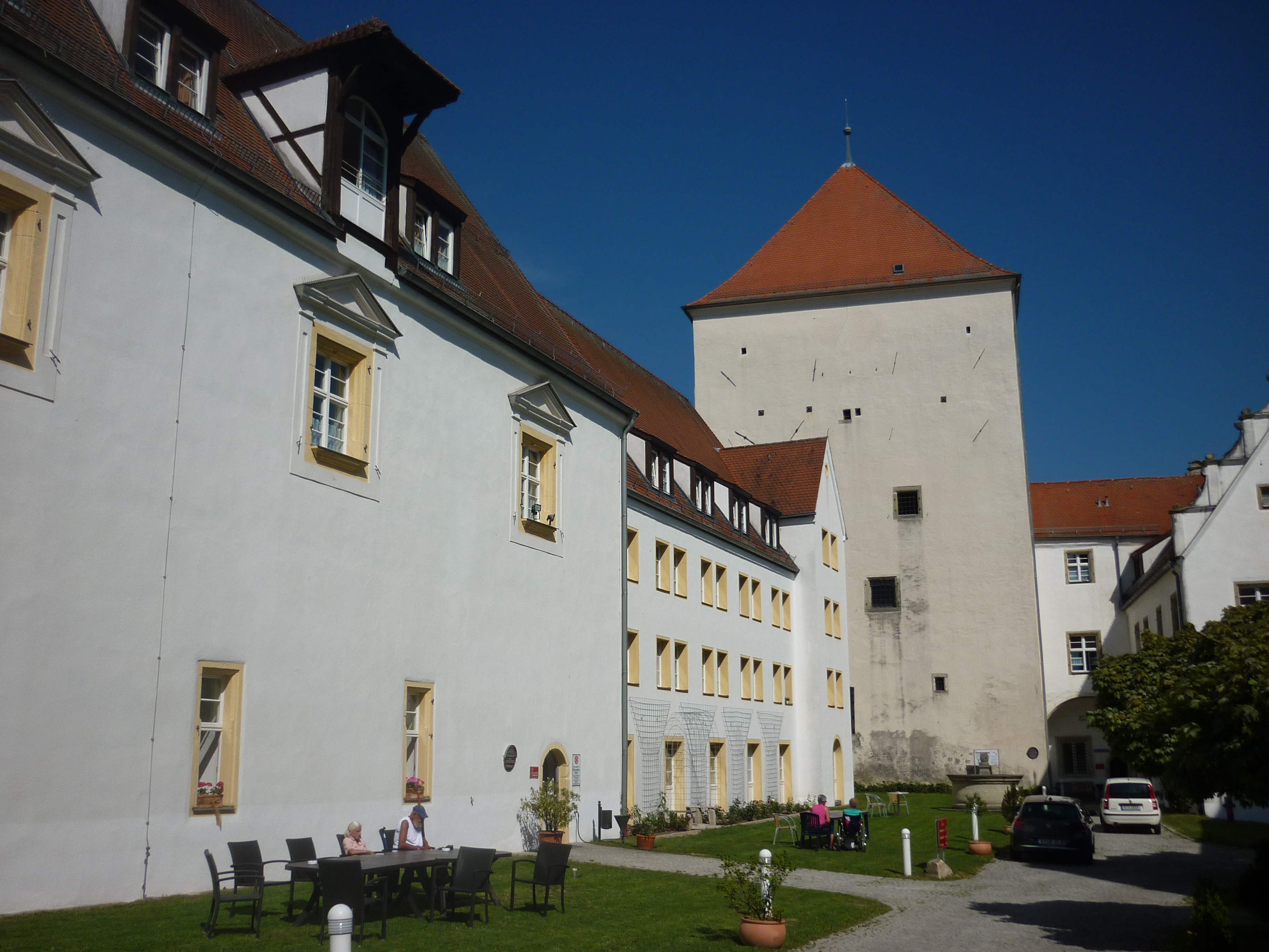 Burgfried anzeigen bekanntschaften. Geidorf frauen aus treffen