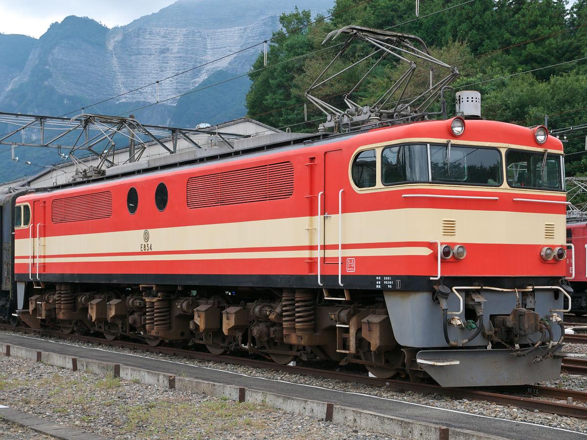 西武E851形電気機関車Oh no, there's been an error
