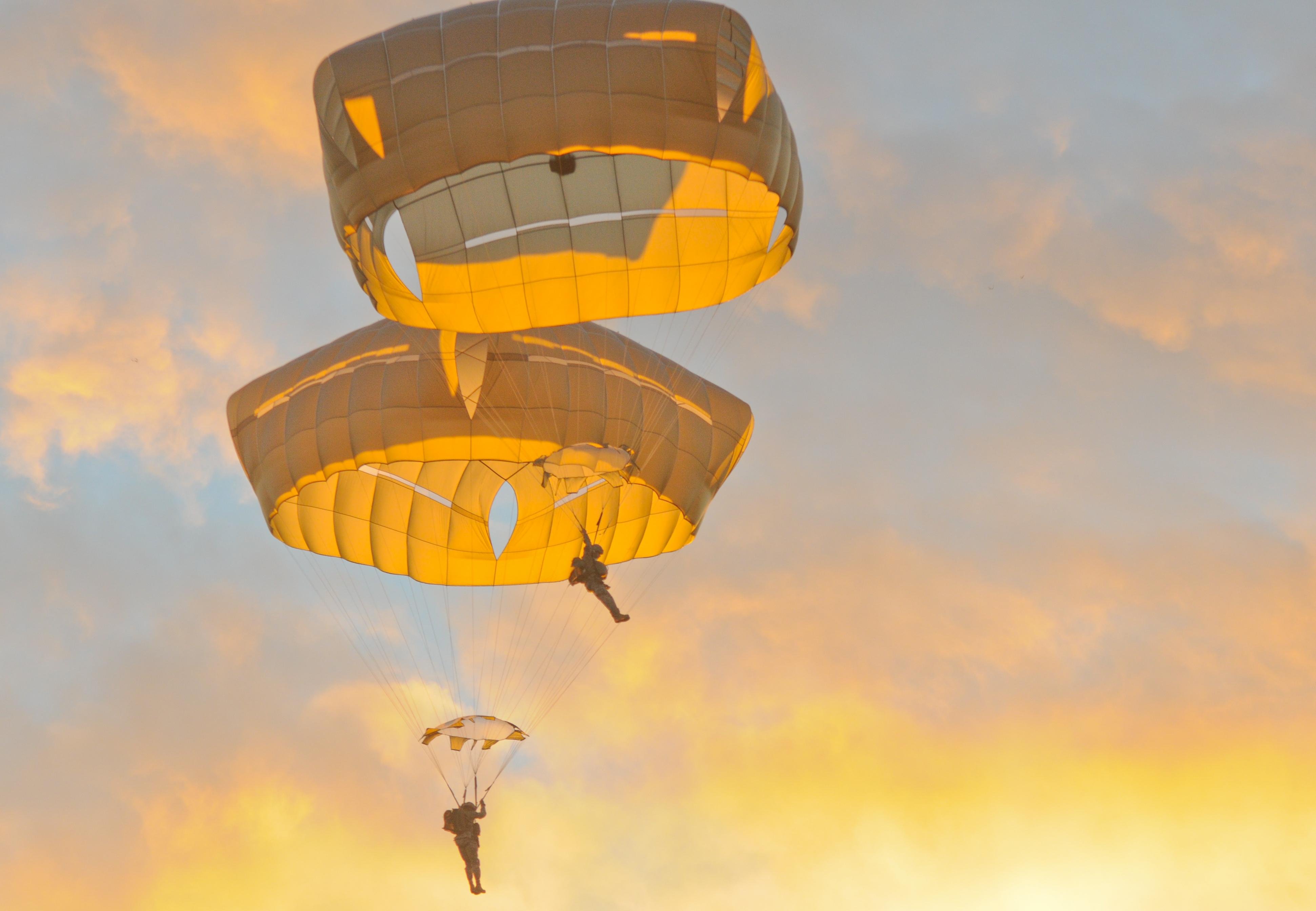 cruciform military parachutes