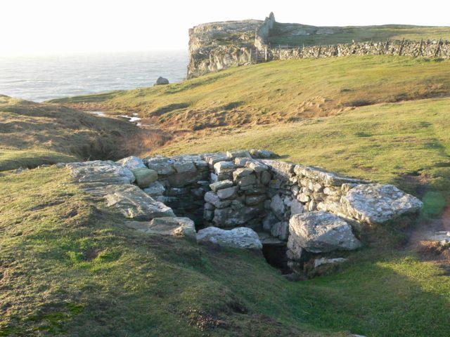 St. Gwenfaen's Well, Rhoscolyn Head, Ynys Gybi. - geograph.org.uk - 108900