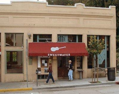 Sweetwater Saloon - Wikipedia