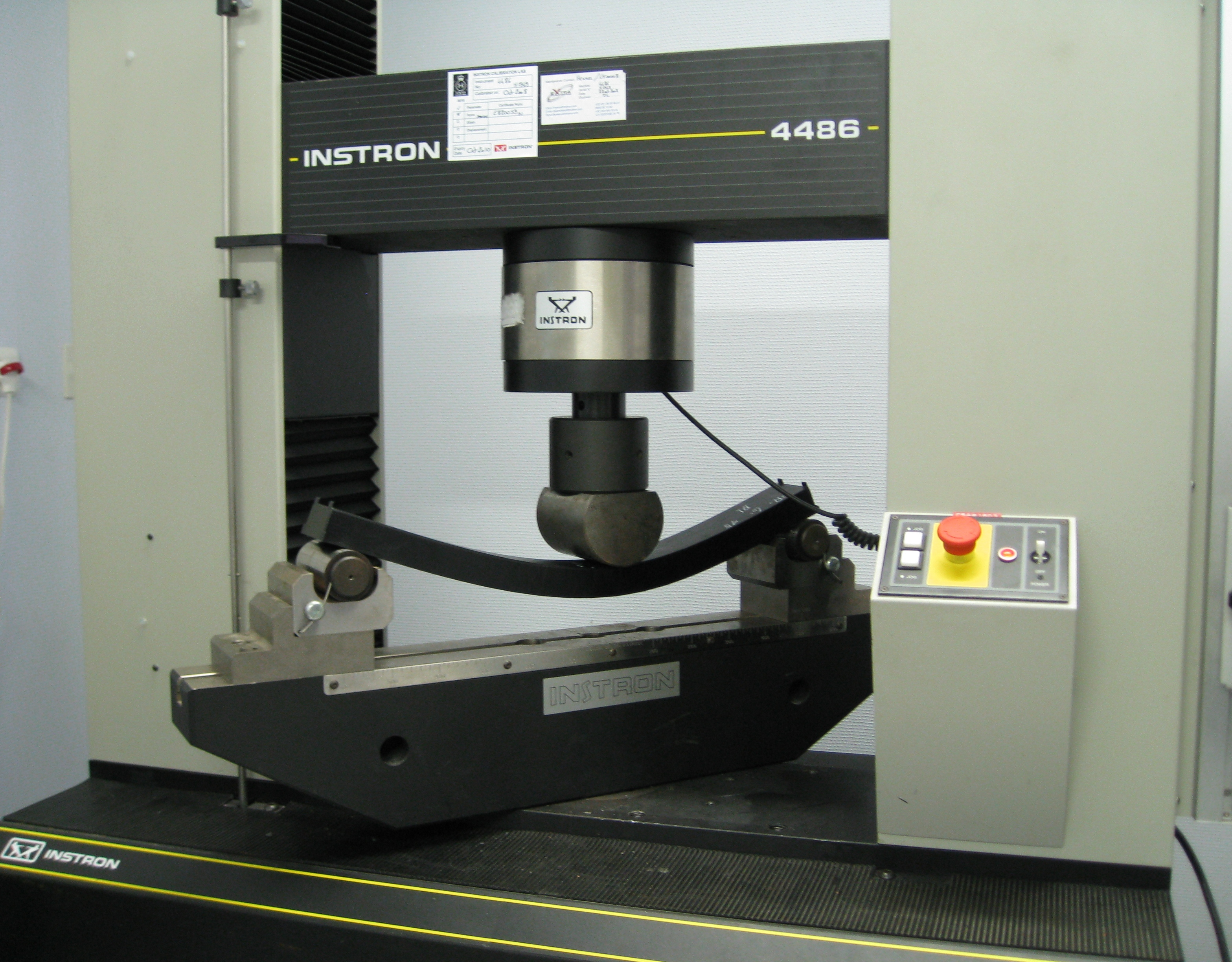 Fichier Three Point Flexural Test Jpg Wikip 233 Dia