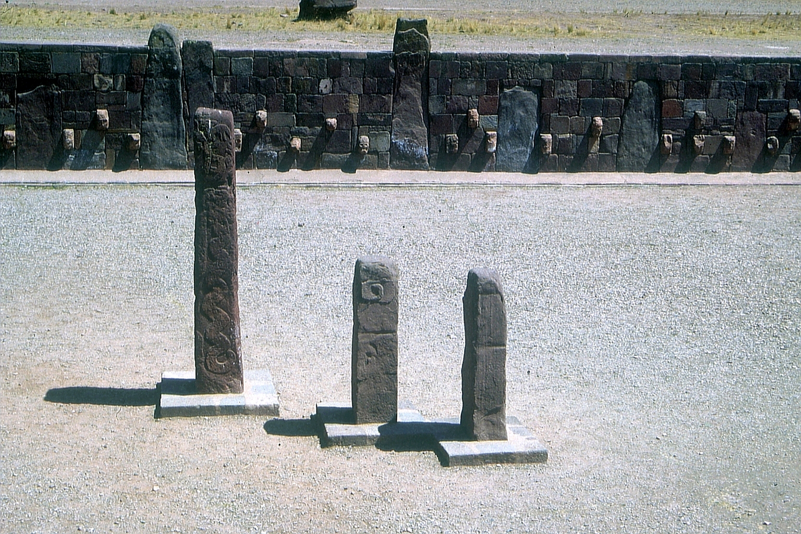 Tiwanaku By Dr. Eugen Lehle (Eigenes Werk (own work) https://bodenlabor.de) [GFDL (https://www.gnu.org/copyleft/fdl.html) or CC-BY-SA-3.0-2.5-2.0-1.0 (https://creativecommons.org/licenses/by-sa/3.0)], via Wikimedia Commons