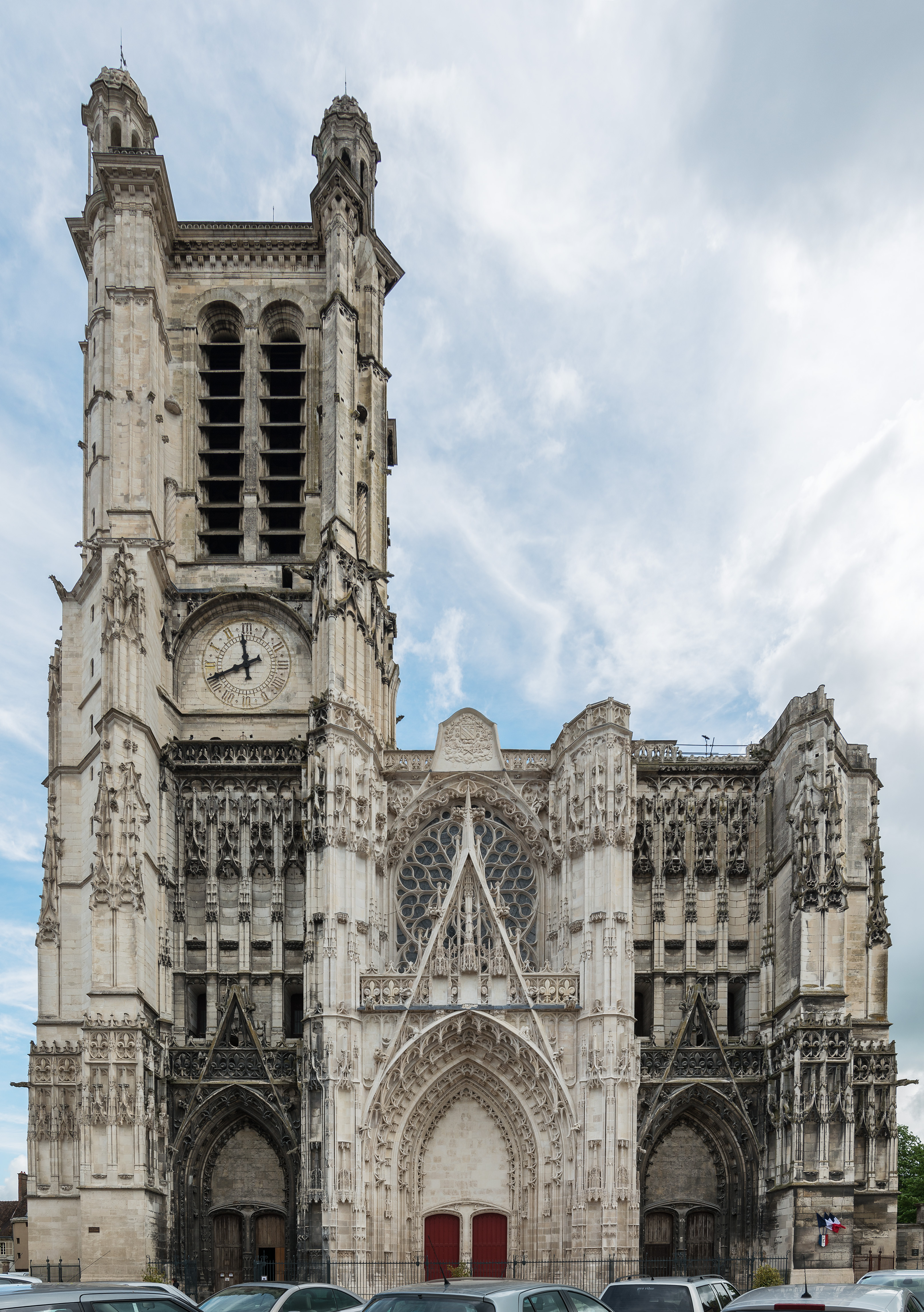 File:Troyes Cathedral, West Facade 20140509.jpg ...