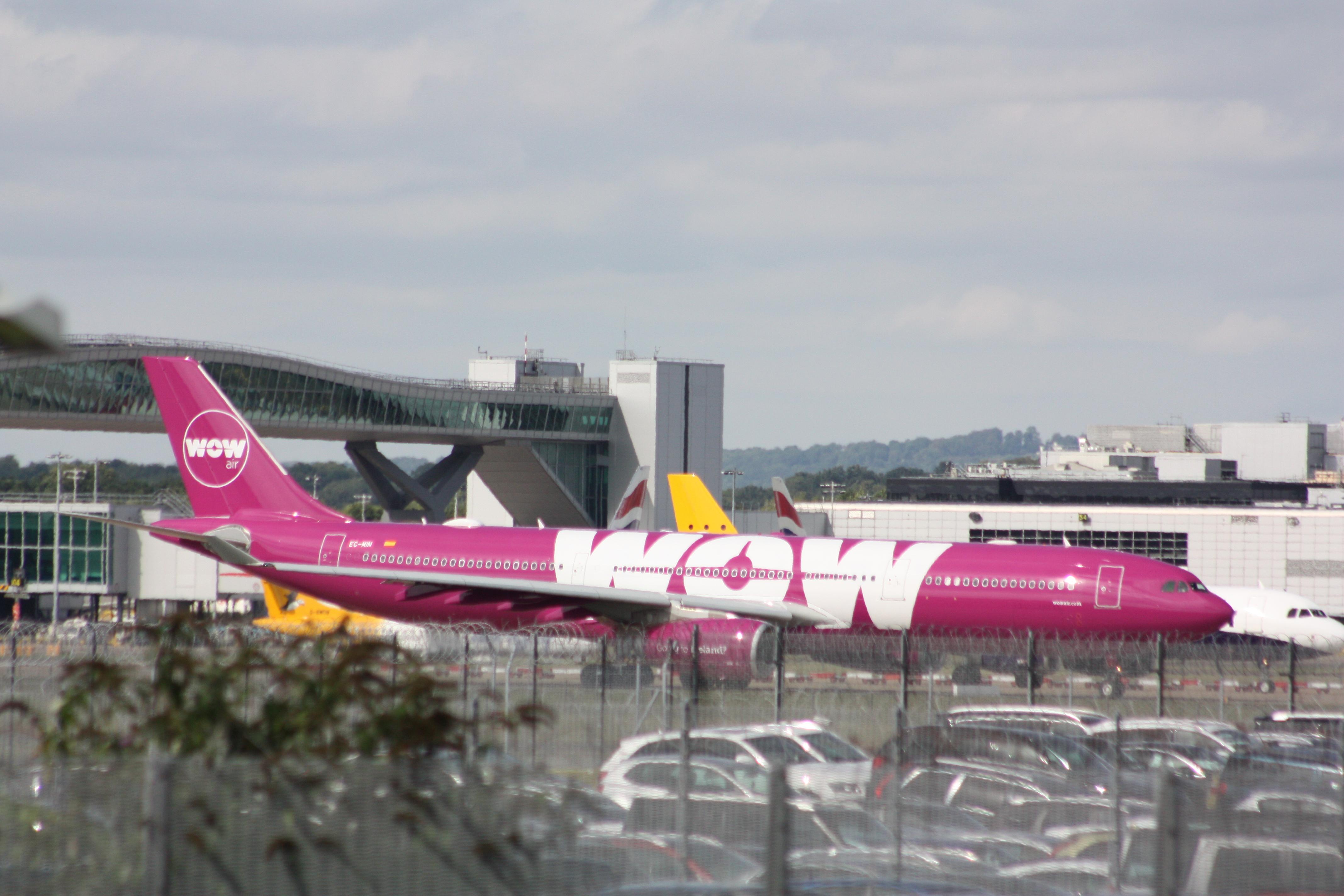 File:WOW Air Airbus A330 EC-MIN (29604079676).jpg