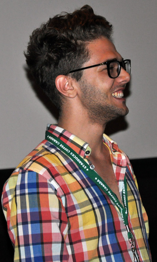 https://upload.wikimedia.org/wikipedia/commons/d/d9/Xavier_Dolan_at_TIFF_2009.jpg