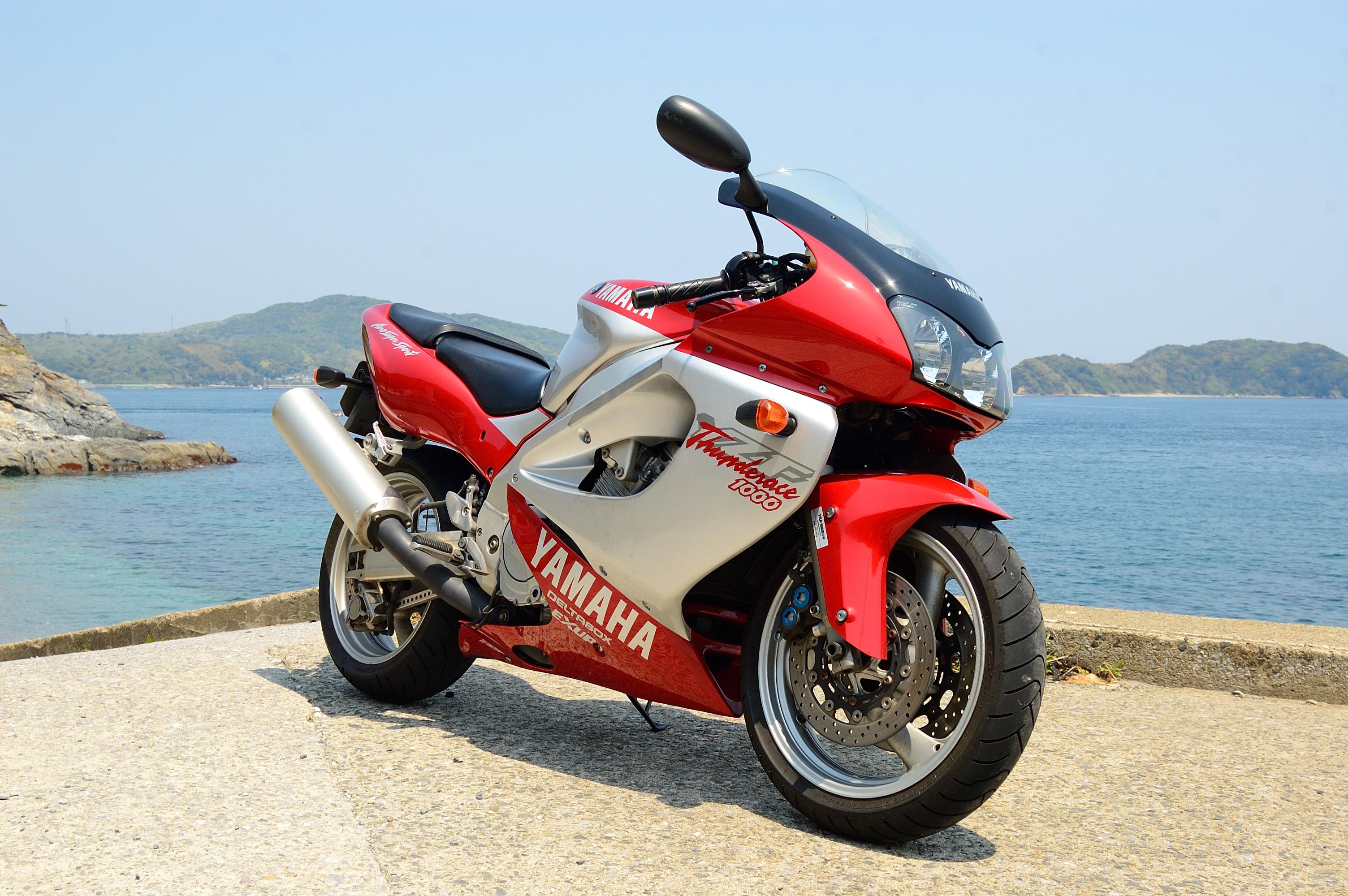 Yamaha YZF1000R Thunderace - Wikipedia