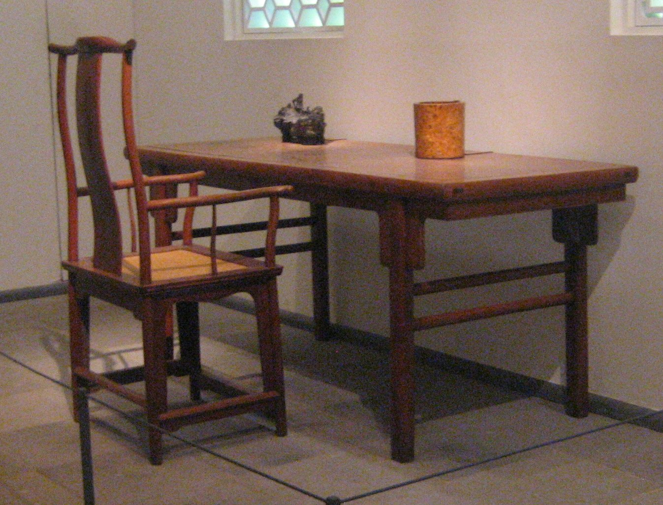 FileYokeback Armchair And Painting Table Ming Dynasty