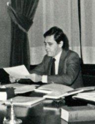 (Rodríguez Inciarte) Leopoldo Calvo Sotelo preside el Consejo de Ministros en el Congreso de los Diputados. Pool Moncloa. 27 de noviembre de 1981 (cropped).jpeg