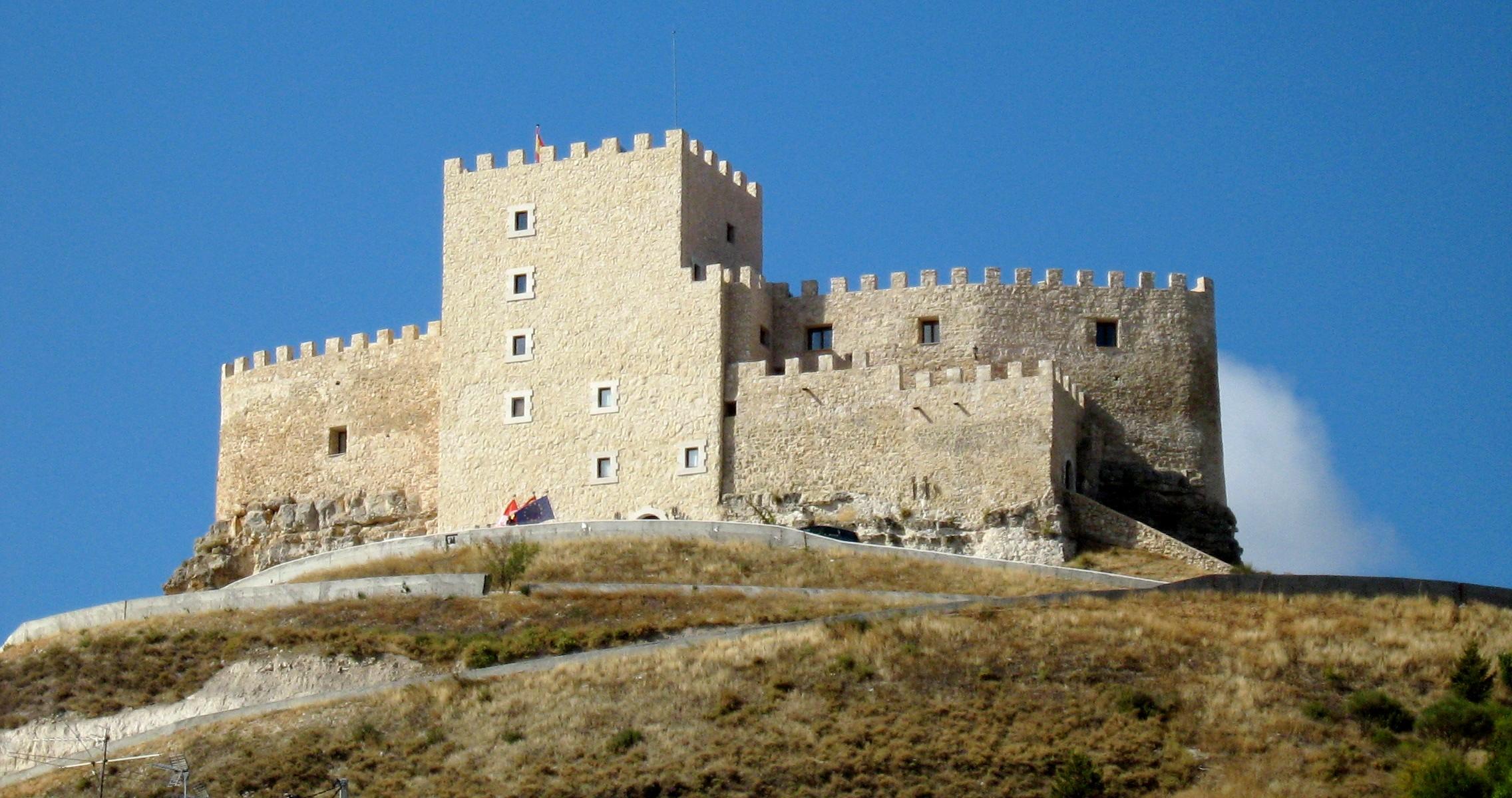 Castillo De Curiel De Duero Wikipedia La Enciclopedia Libre