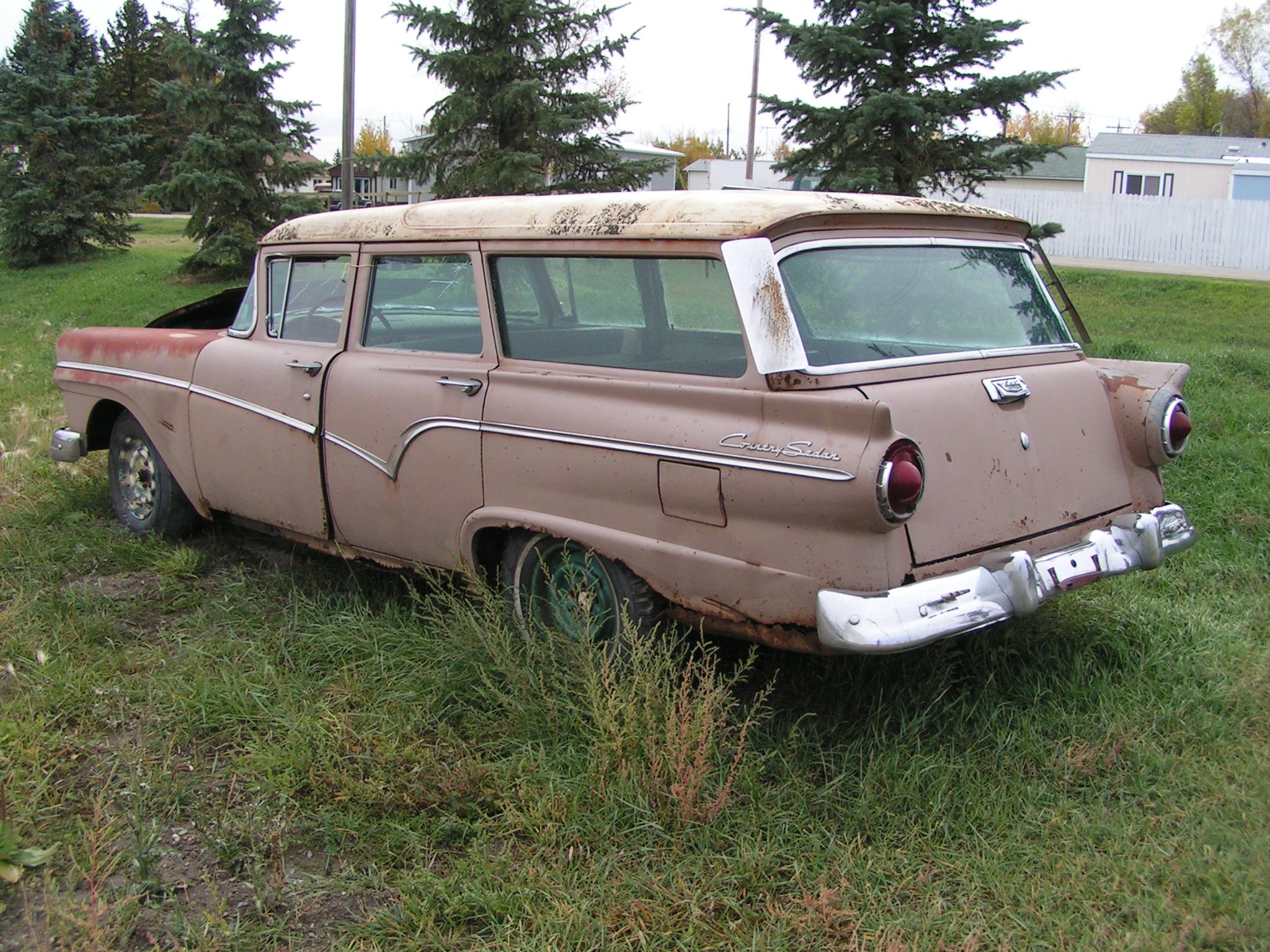 File:1957 Ford Country Sedan Wagon (1467694963) jpg