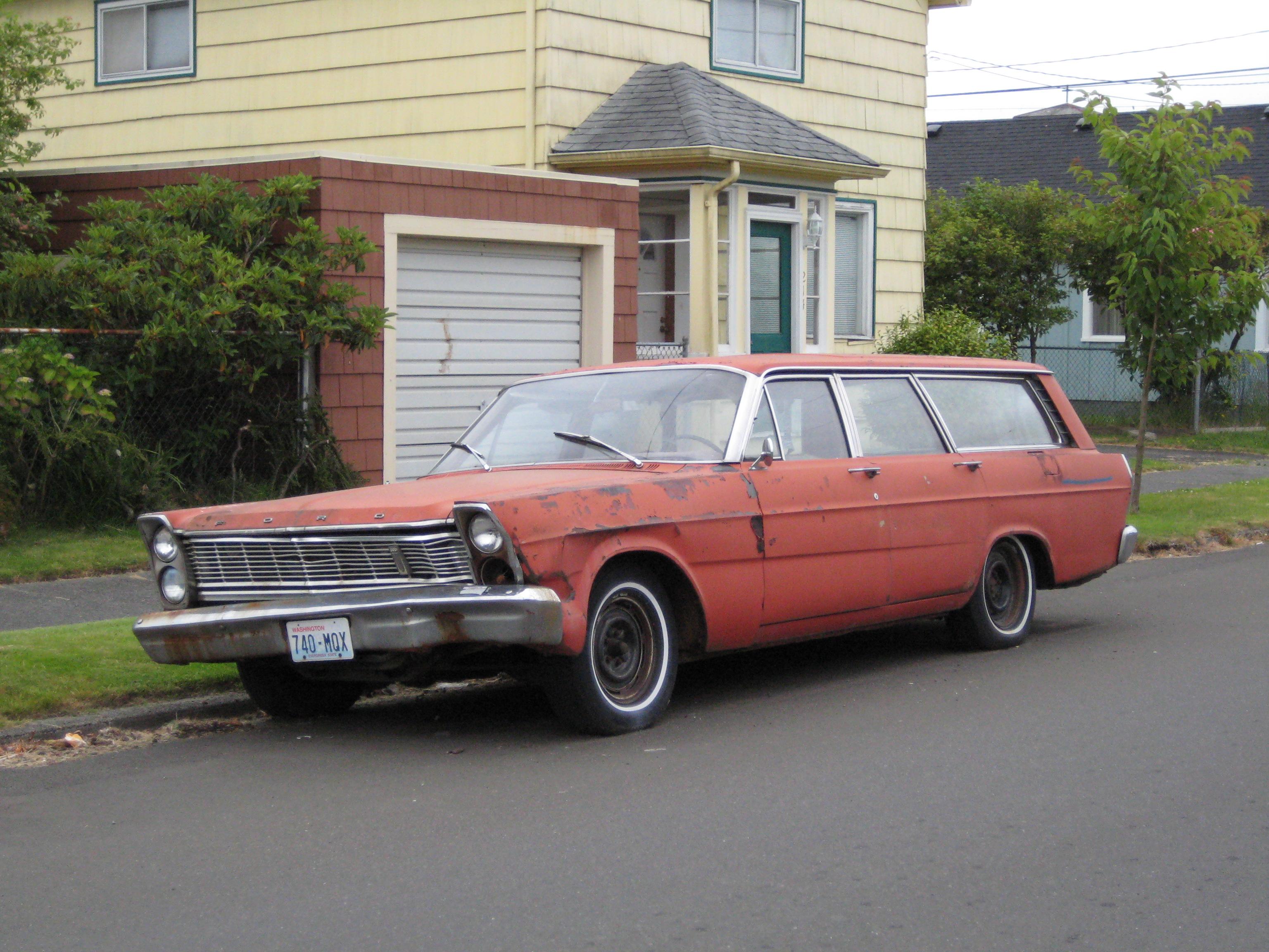 Really Cheap Cars >> File 1965 Ford Country Sedan 2697509552 Jpg Wikimedia