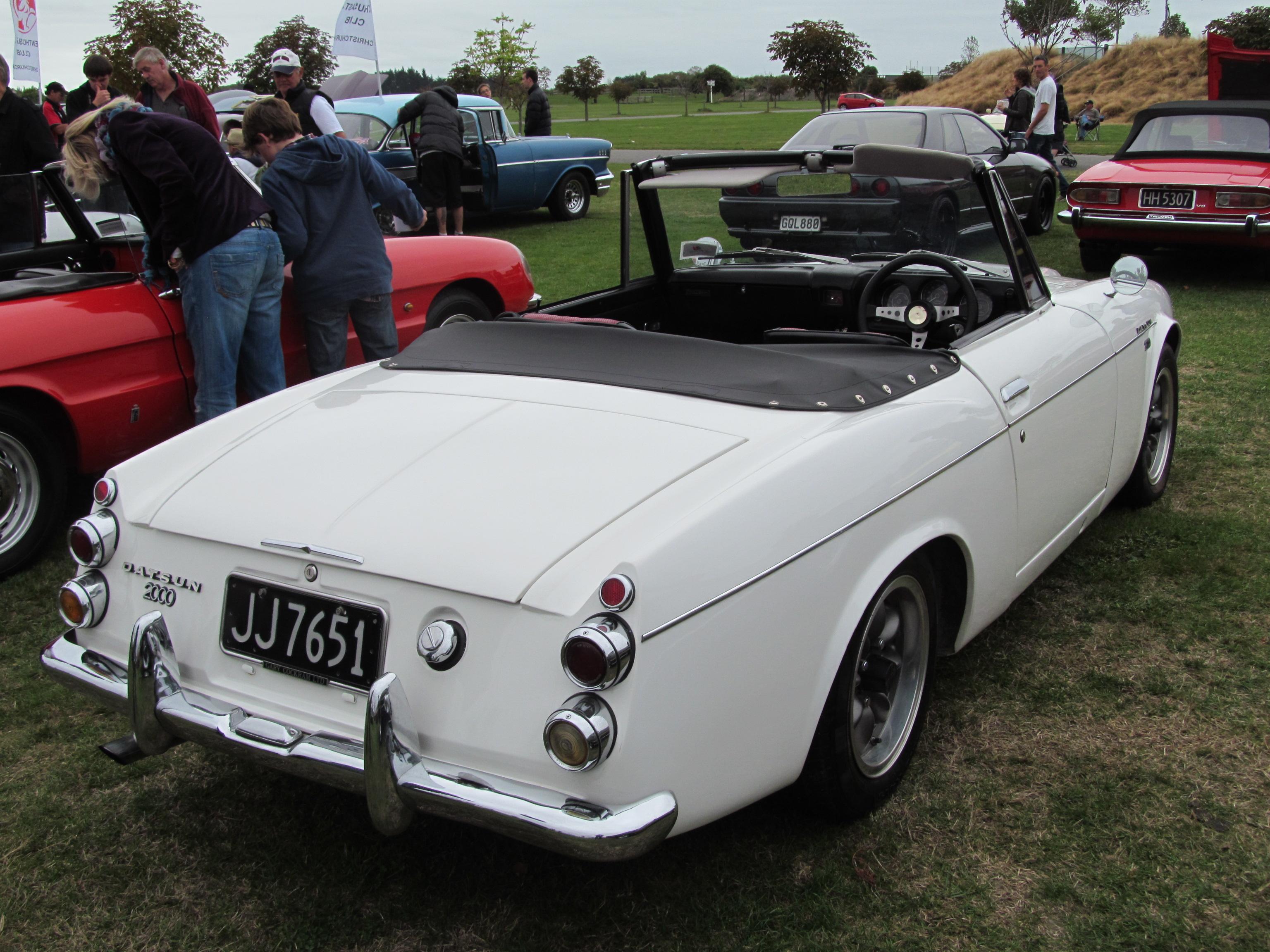 File 1968 Datsun 2000 Roadster 14301950933 Jpg Wikimedia Commons