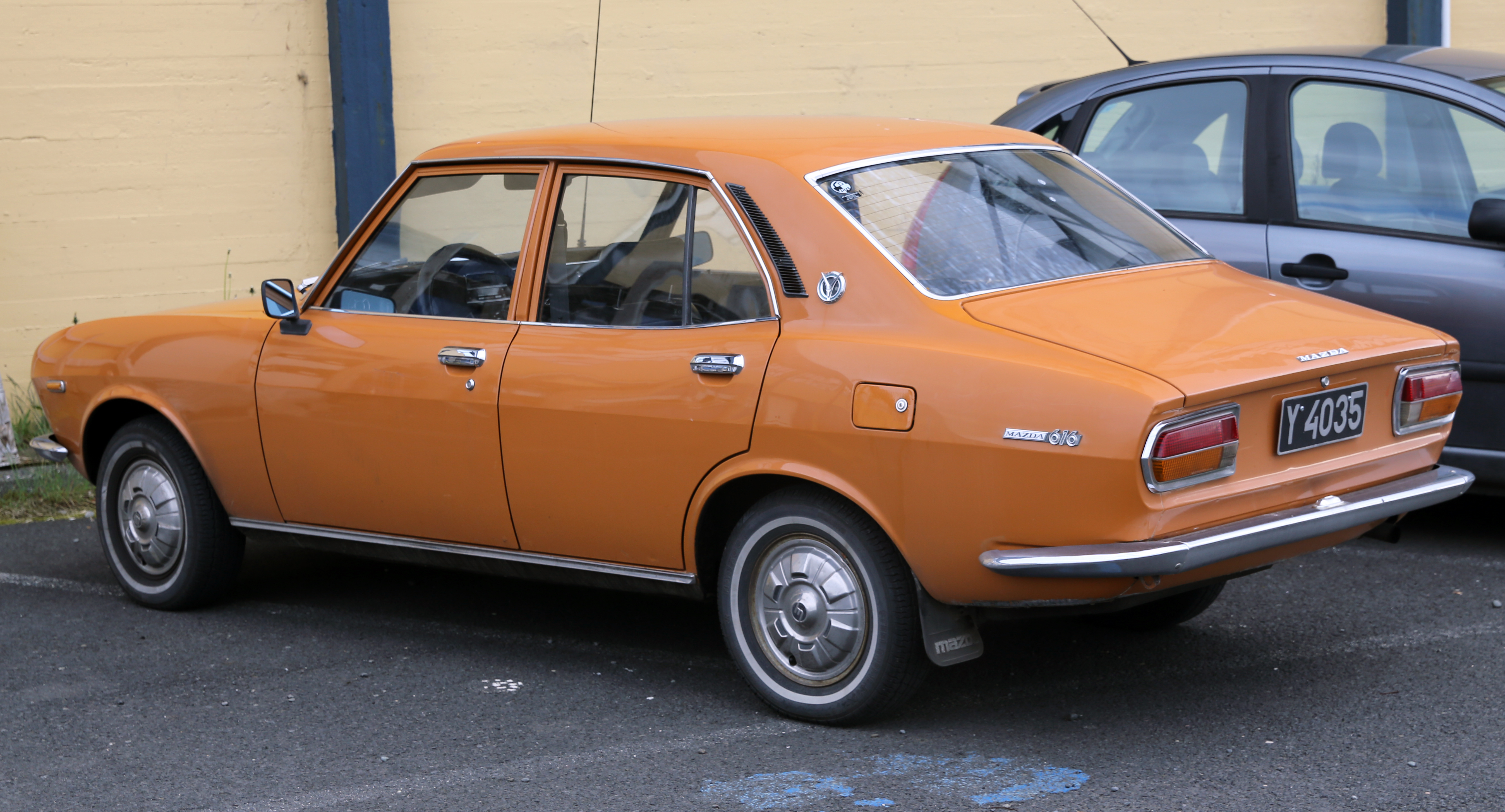 File 1973 Mazda 616 Orange Rear Left Jpg Wikimedia Commons