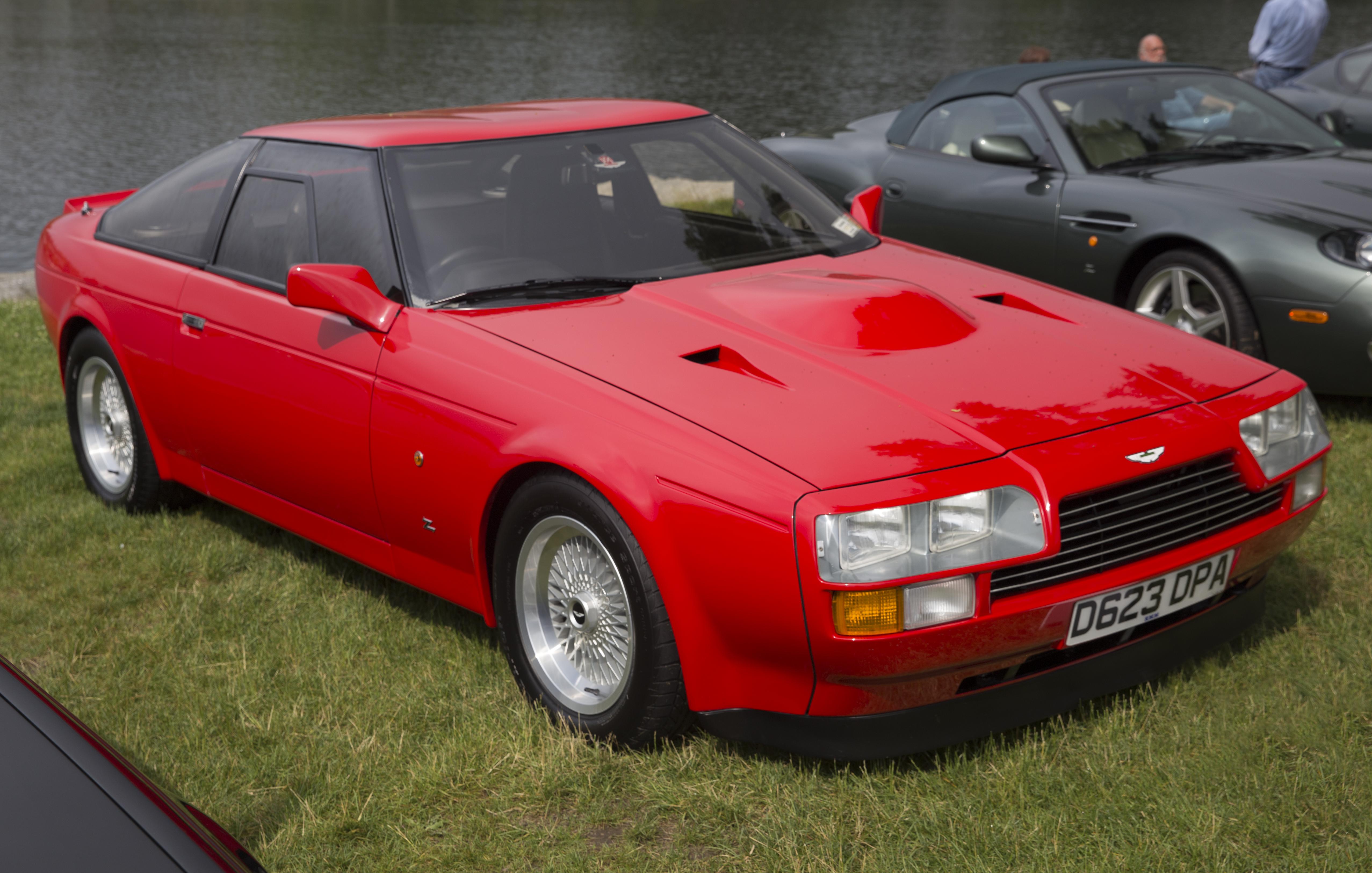 File 1987 Aston Martin V8 Vantage Zagato In Gladiator Red Front Right Greenwich 2019 Jpg Wikimedia Commons
