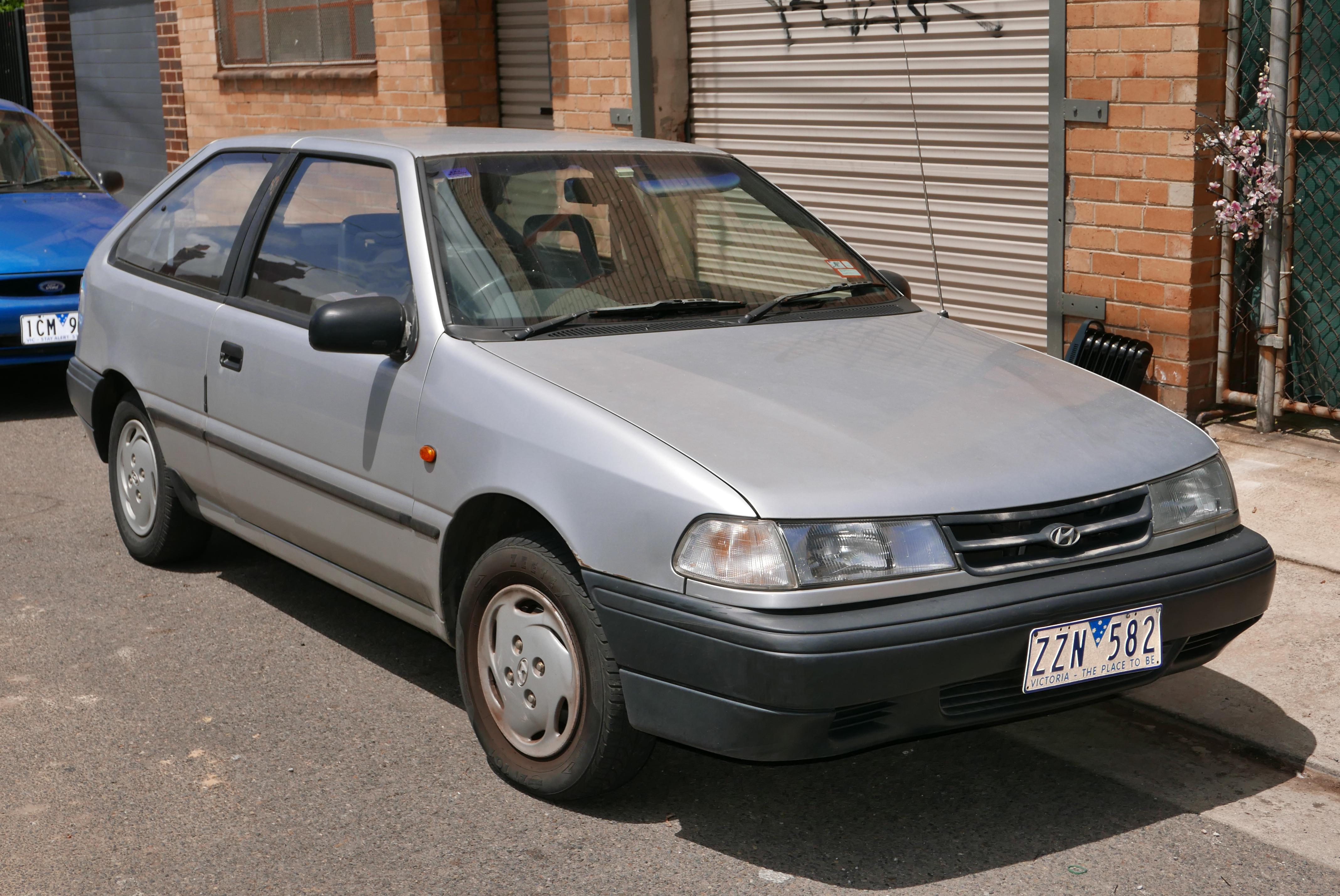 1993 hyundai excel hatchback
