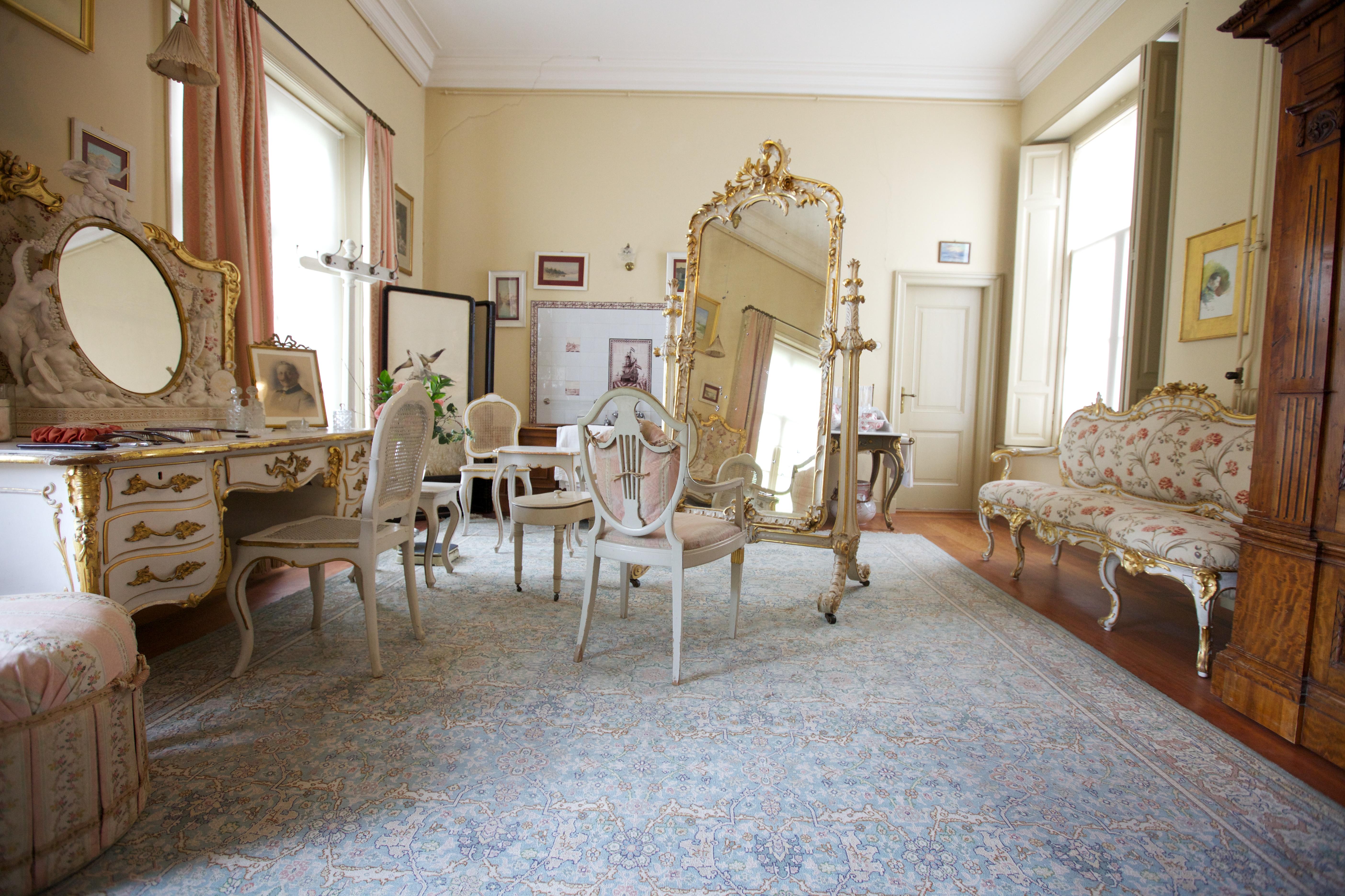 File:Badkamer vrouwenvertrek in Huis Doorn (9182249326).jpg ...