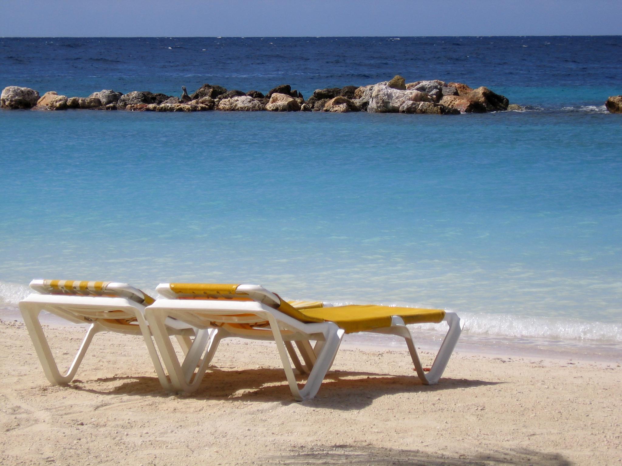 2 beach chairs on the beach - File Beach Chairs Curacao Jpg