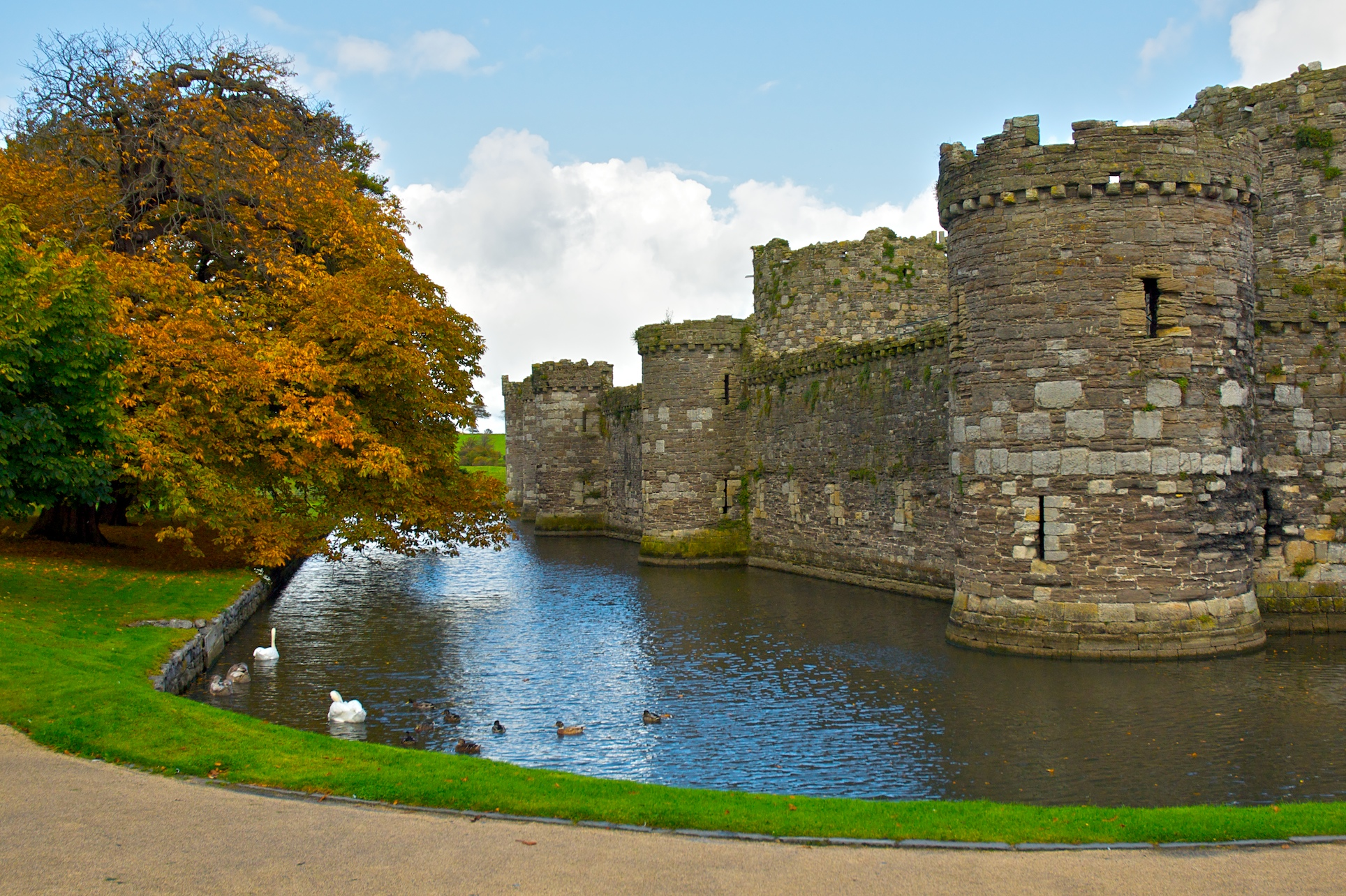 Beskrivelse Beaumaris Castle.jpg