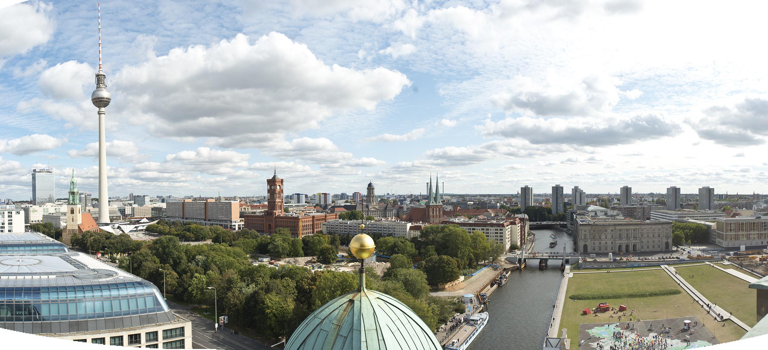 File:Berlin Panorama (8324921866).jpg