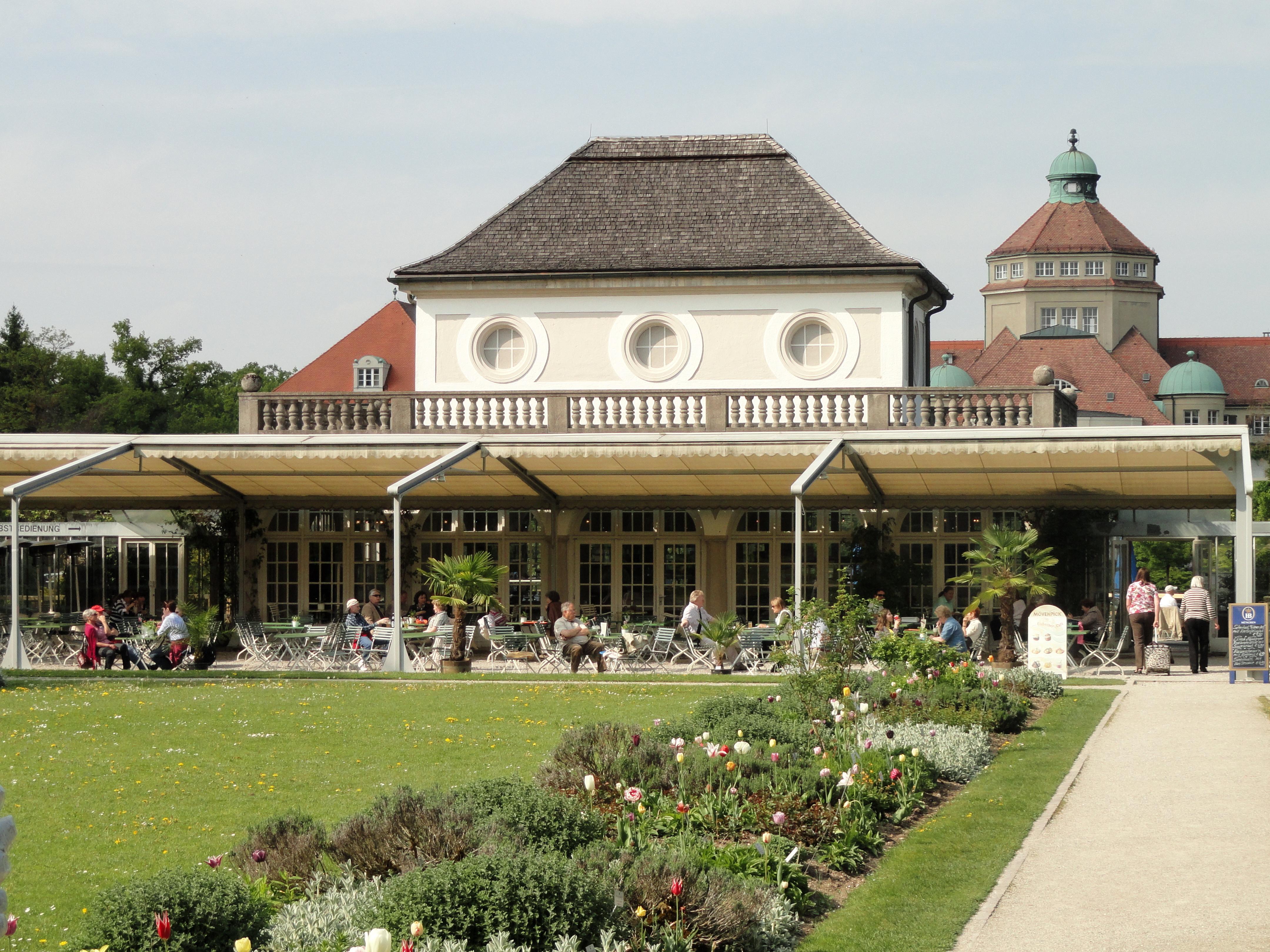 Cafe Mit Terasse M Ef Bf Bdnchen