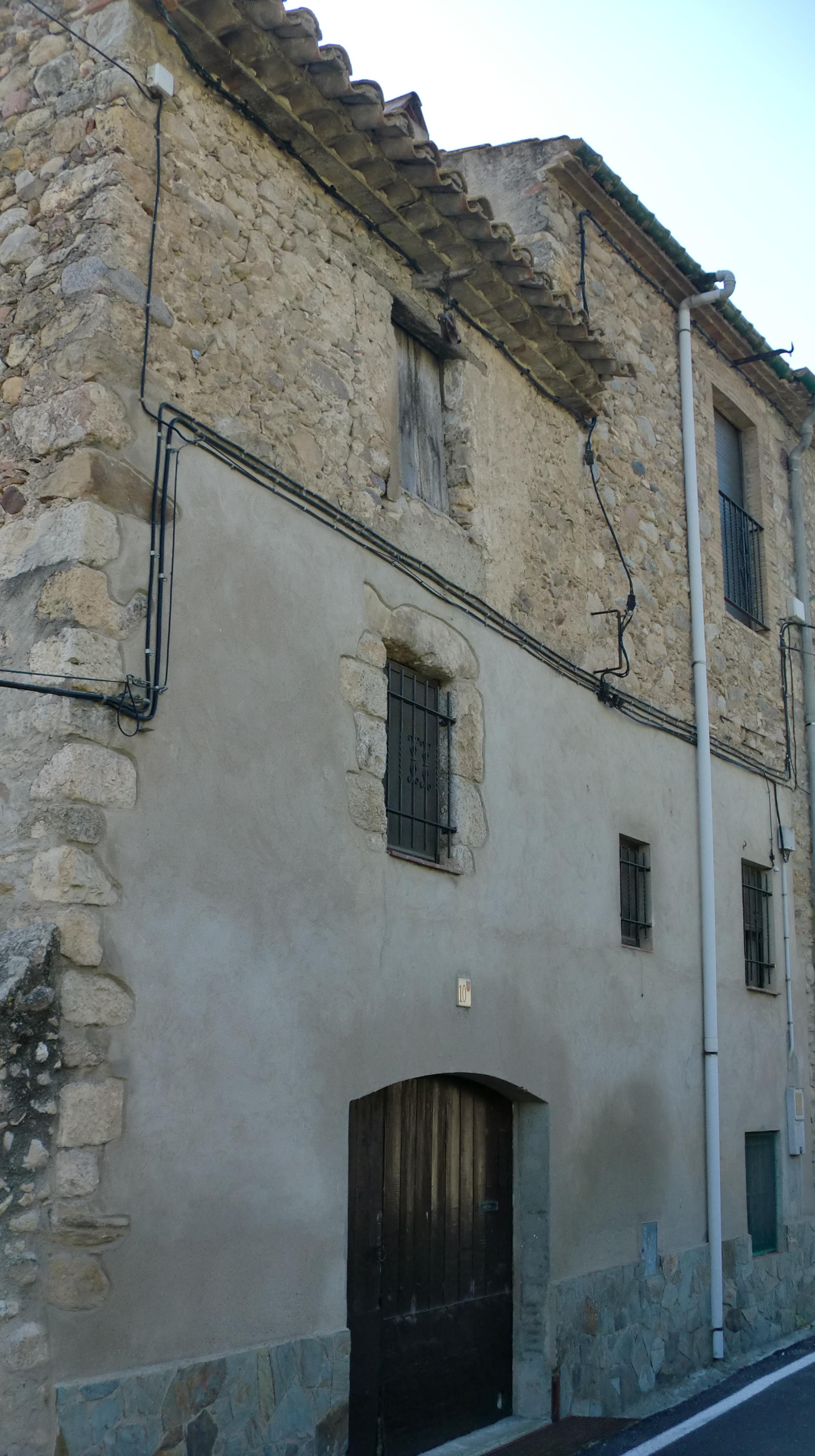 File casa al carrer molins 10 pont de molins - Casa en molins de rei ...